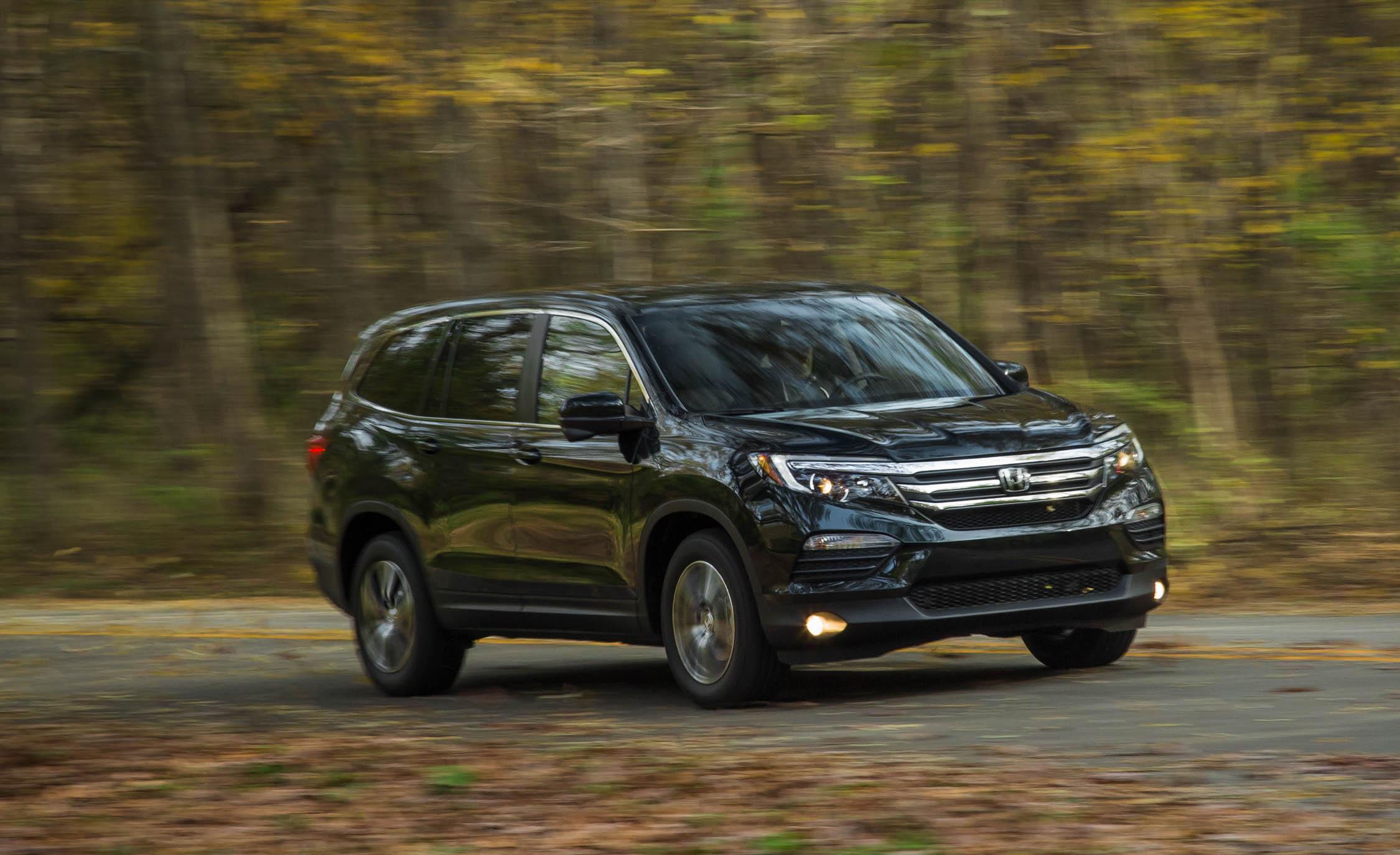 Featured Image of 2016 Honda Pilot