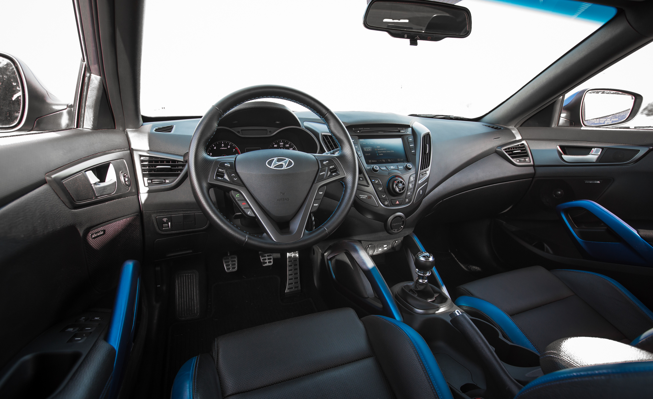 2016 Hyundai Veloster Turbo Rally Edition (Photo 20 of 28)