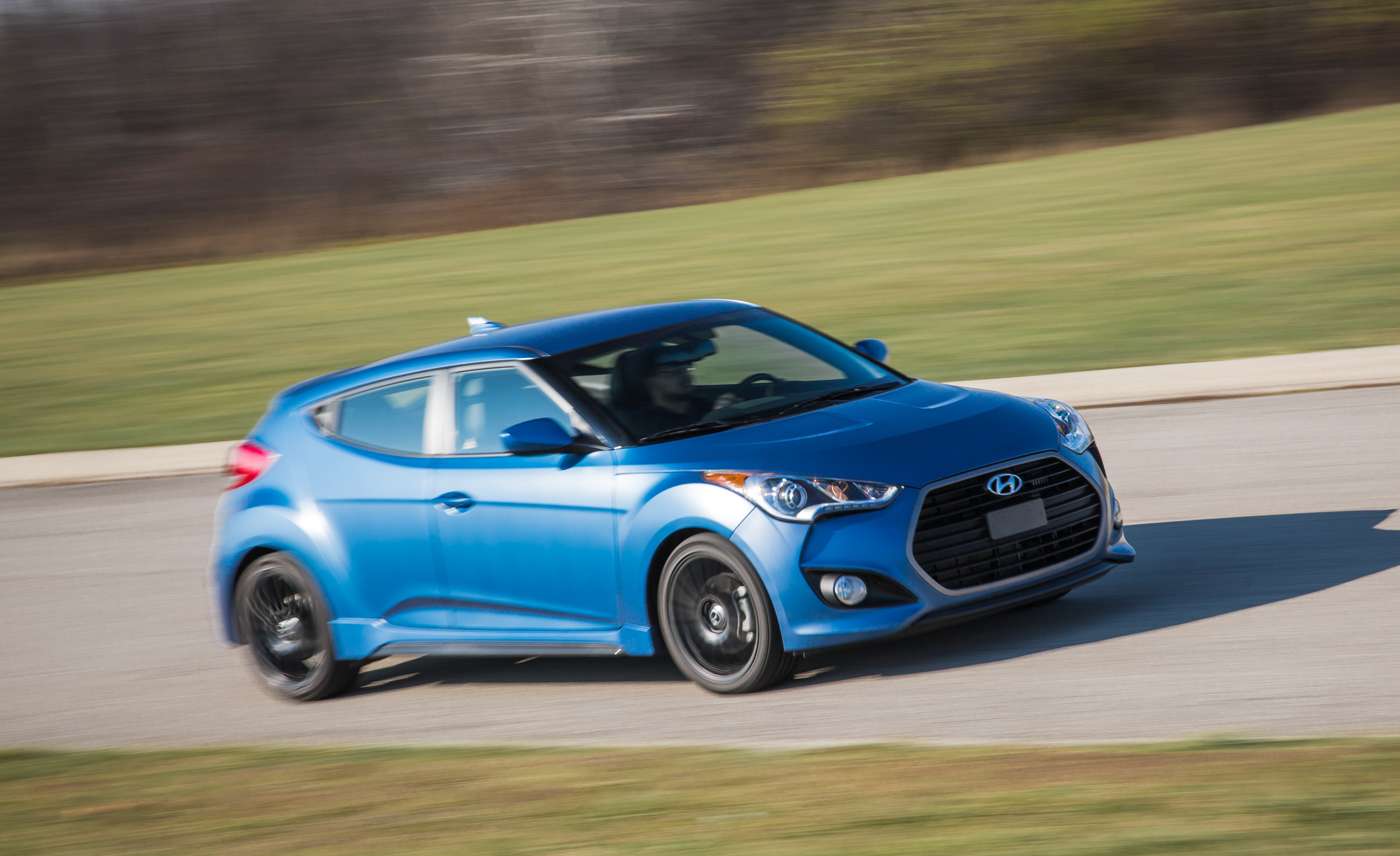 Featured Image of 2016 Hyundai Veloster Turbo Rally Edition