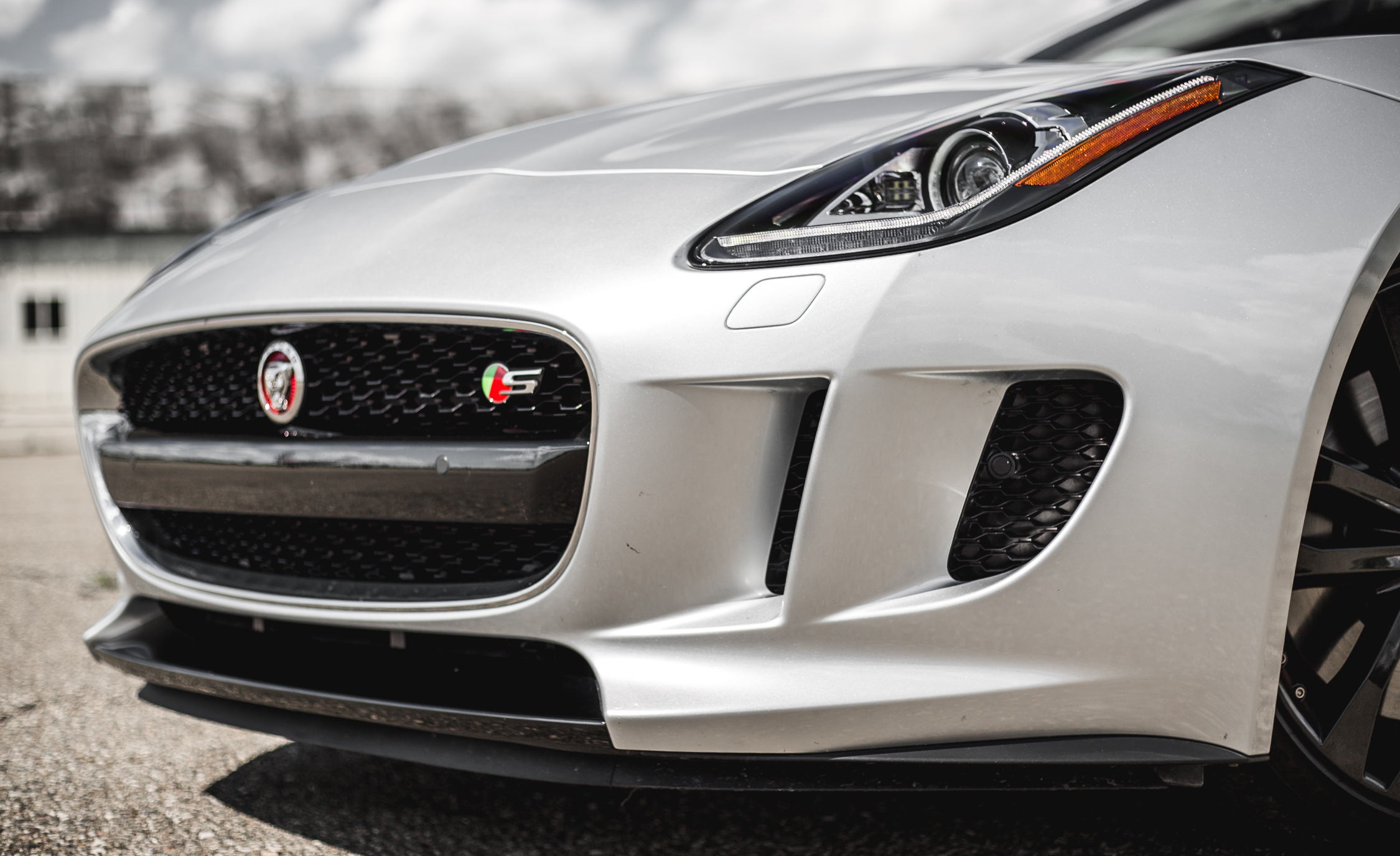 2016 Jaguar F Type V 6 S Coupe (Photo 3 of 23)