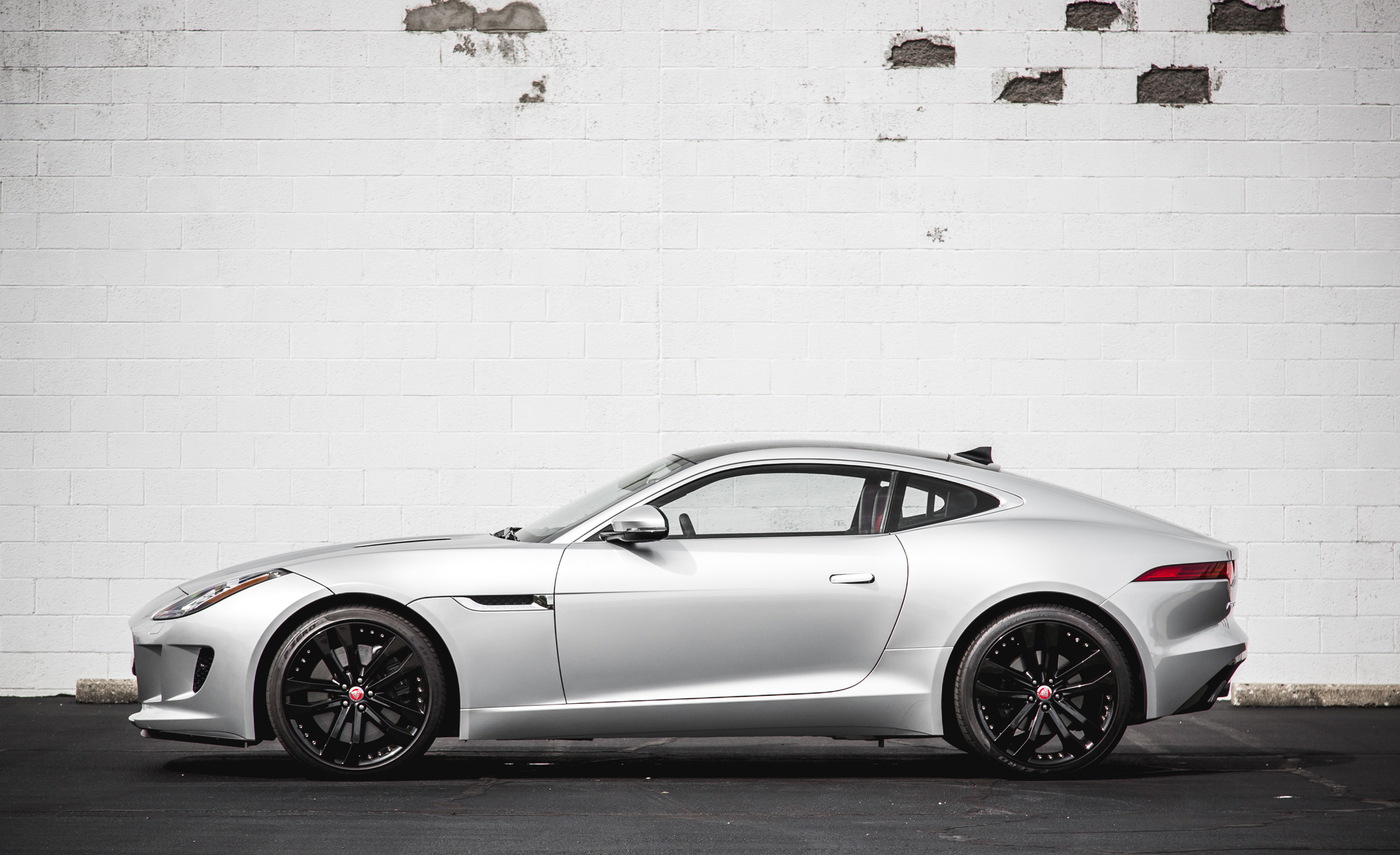 2016 Jaguar F Type V 6 S Coupe (Photo 9 of 23)