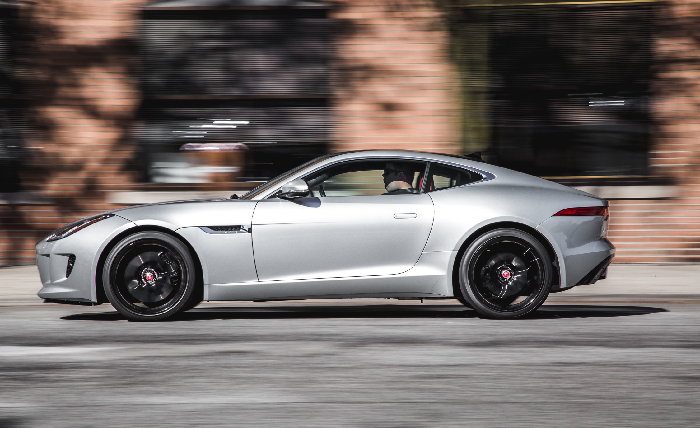 2016 Jaguar F Type V 6 S Coupe (Photo 12 of 23)