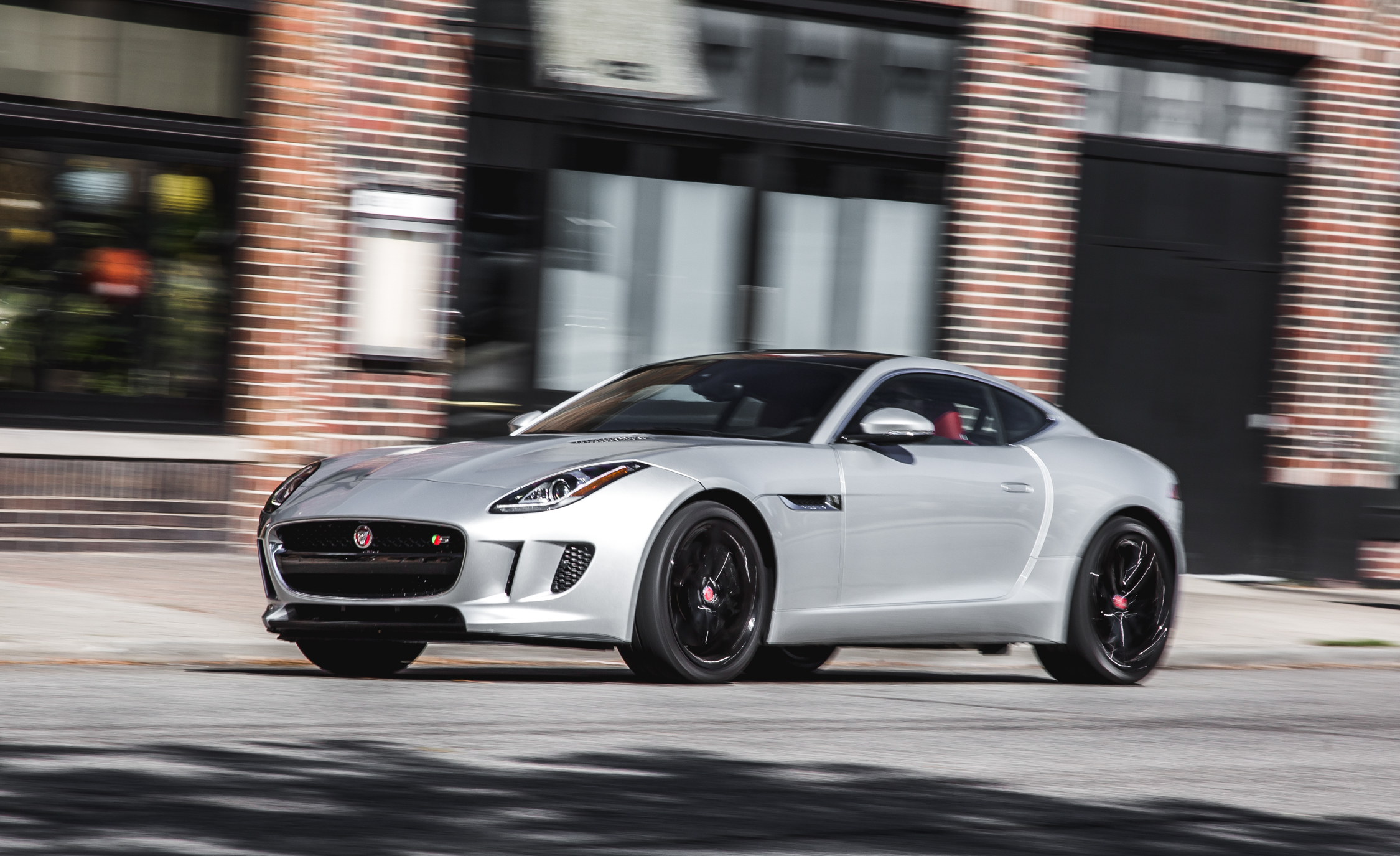 2016 Jaguar F Type V 6 S Coupe (Photo 13 of 23)