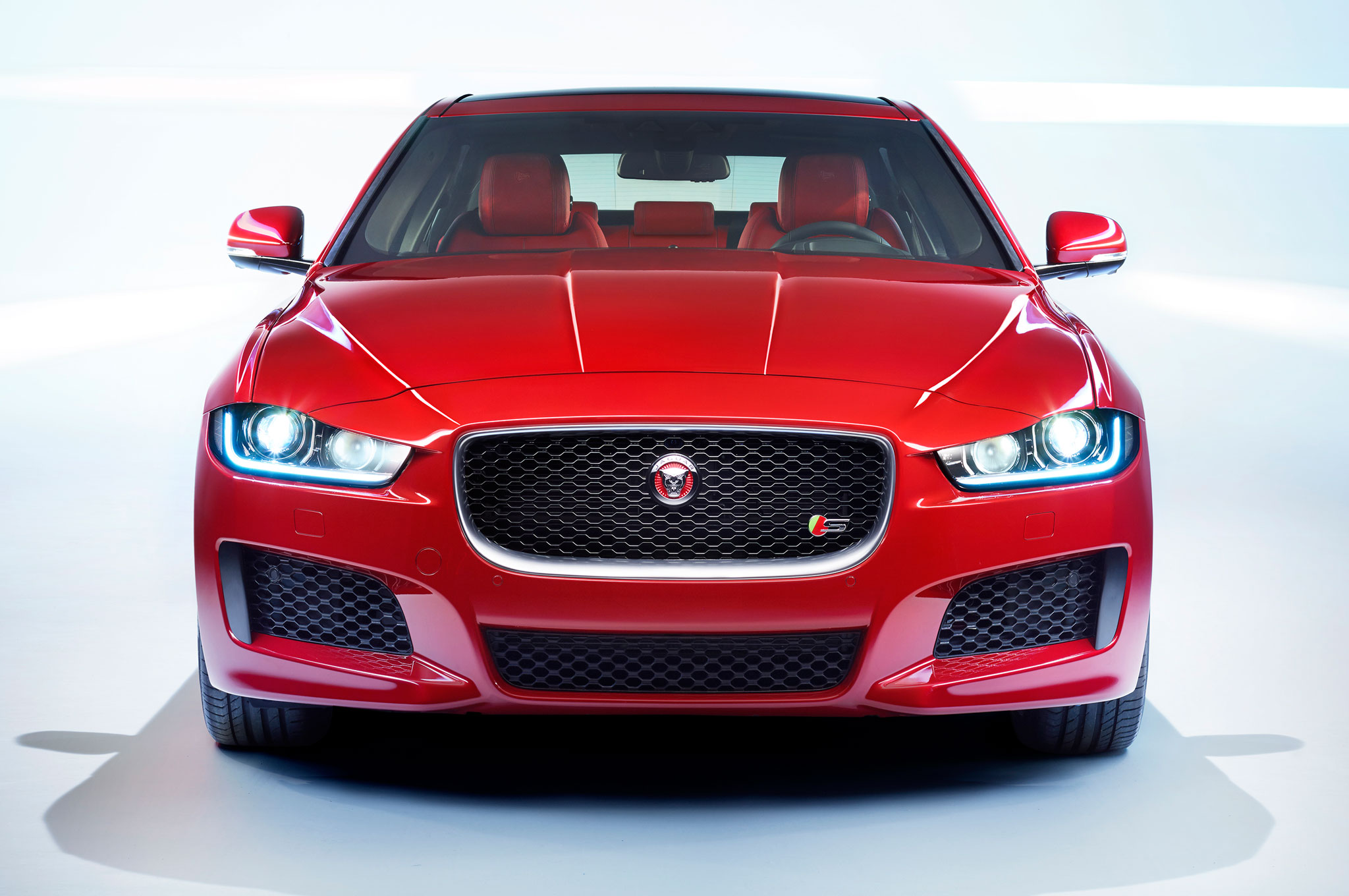 2016 Jaguar Xe Facelift Front Photo (Photo 3 of 12)