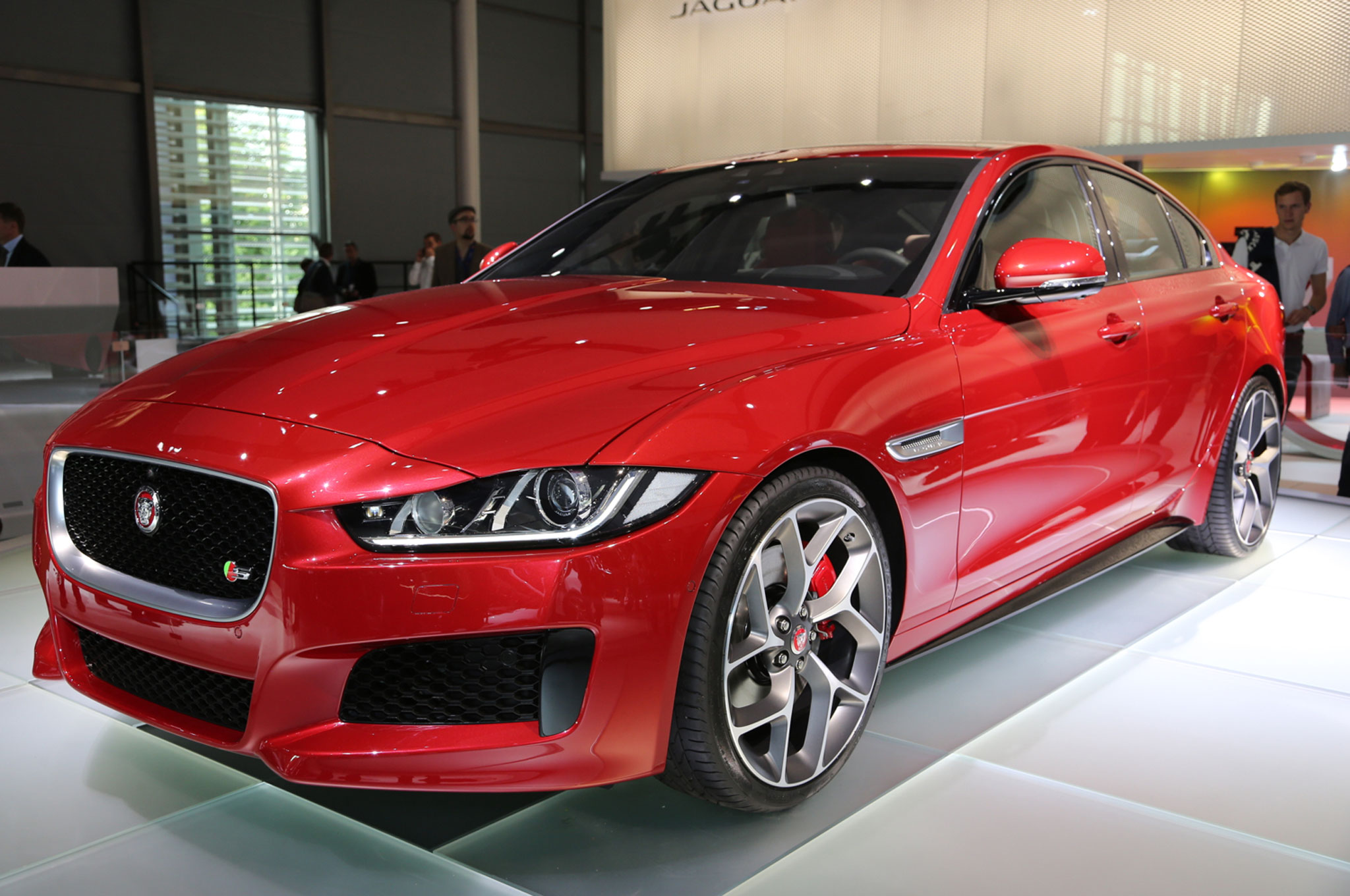 2016 Jaguar Xe Hd Photo (View 2 of 12)