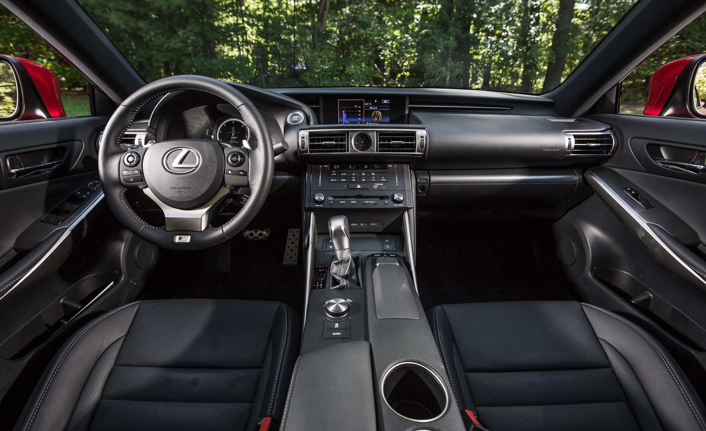 2016 Lexus IS200t F Sport (Photo 4 of 21)