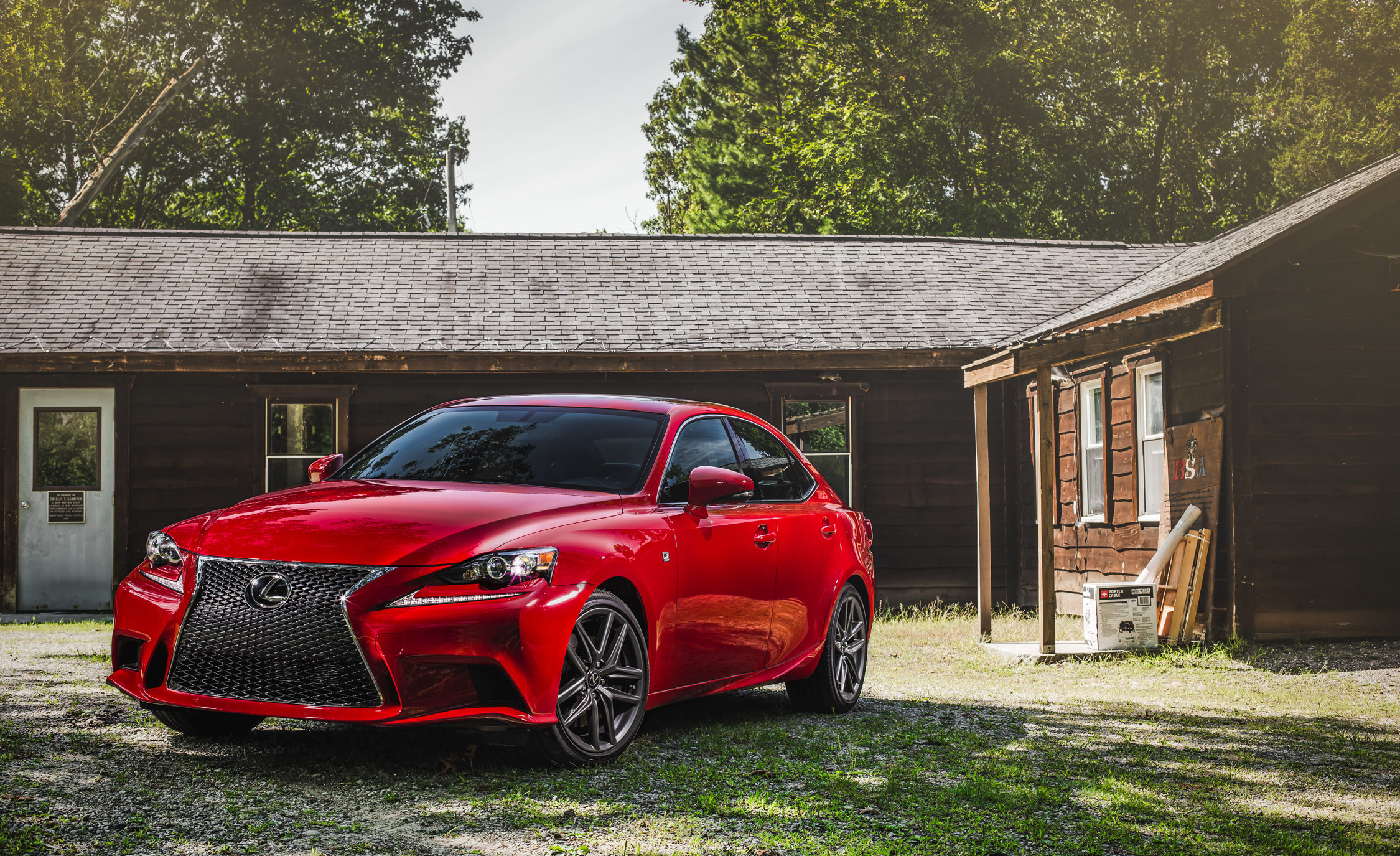 Featured Image of 2016 Lexus IS 200t F Sport