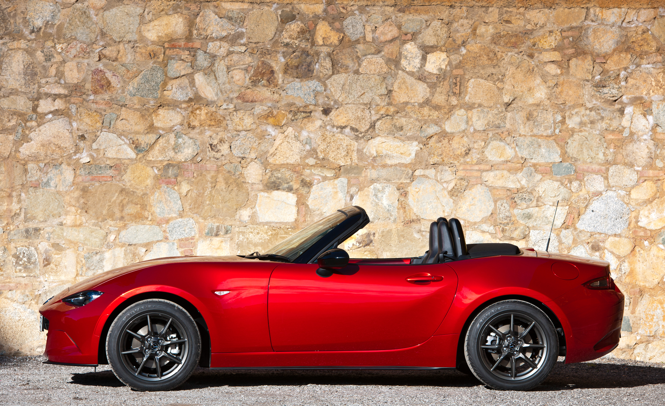 2016 Mazda MX 5 Miata (Photo 6 of 31)