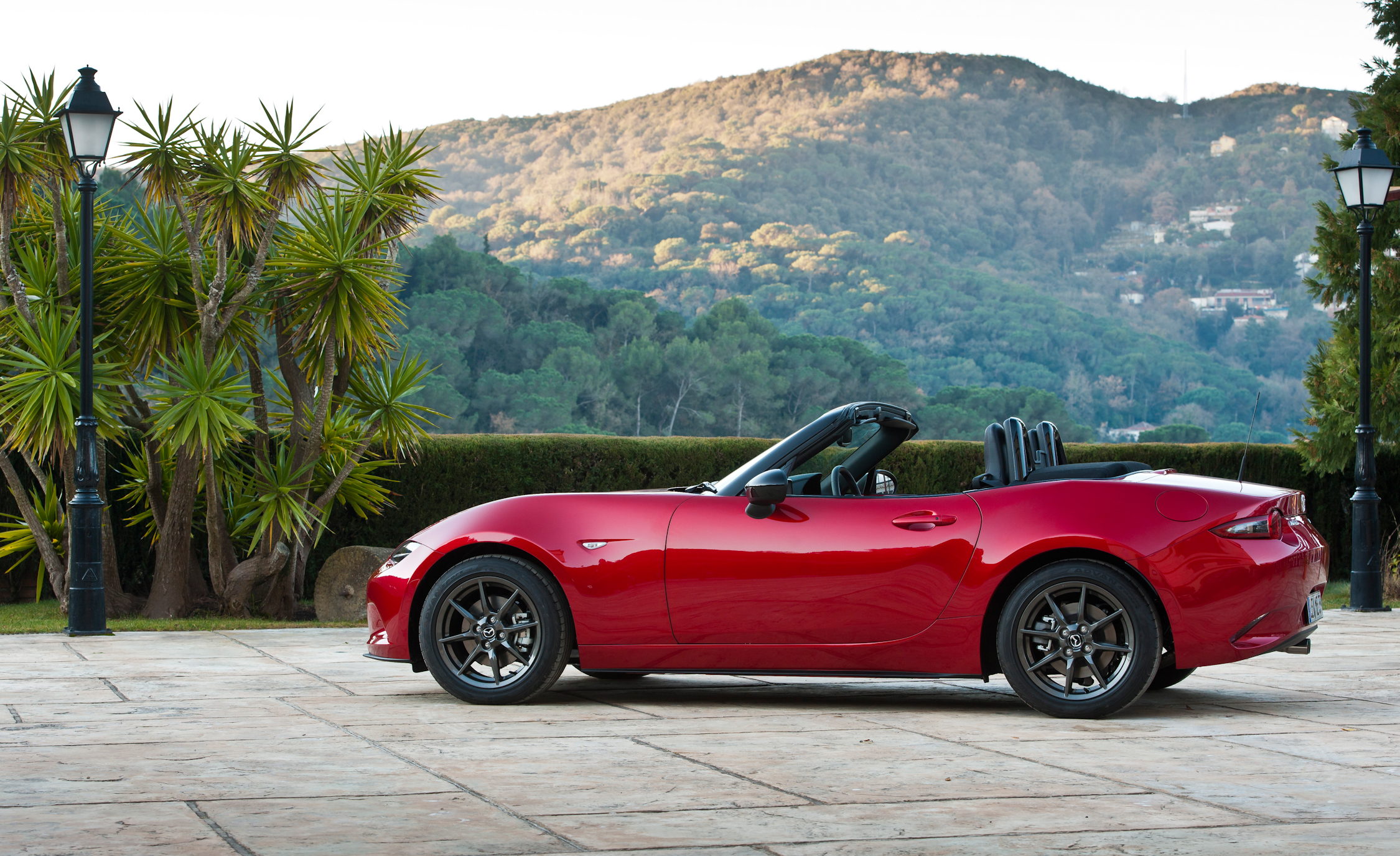 2016 Mazda MX 5 Miata (Photo 1 of 31)