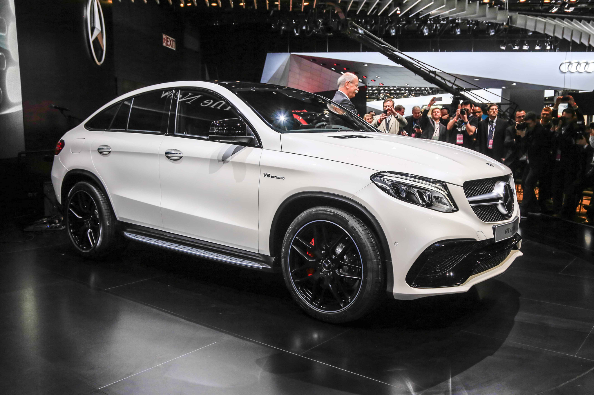2016 mercedes amg gle63 s 4matic cars exclusive videos for Mercedes benz amg hatchback price