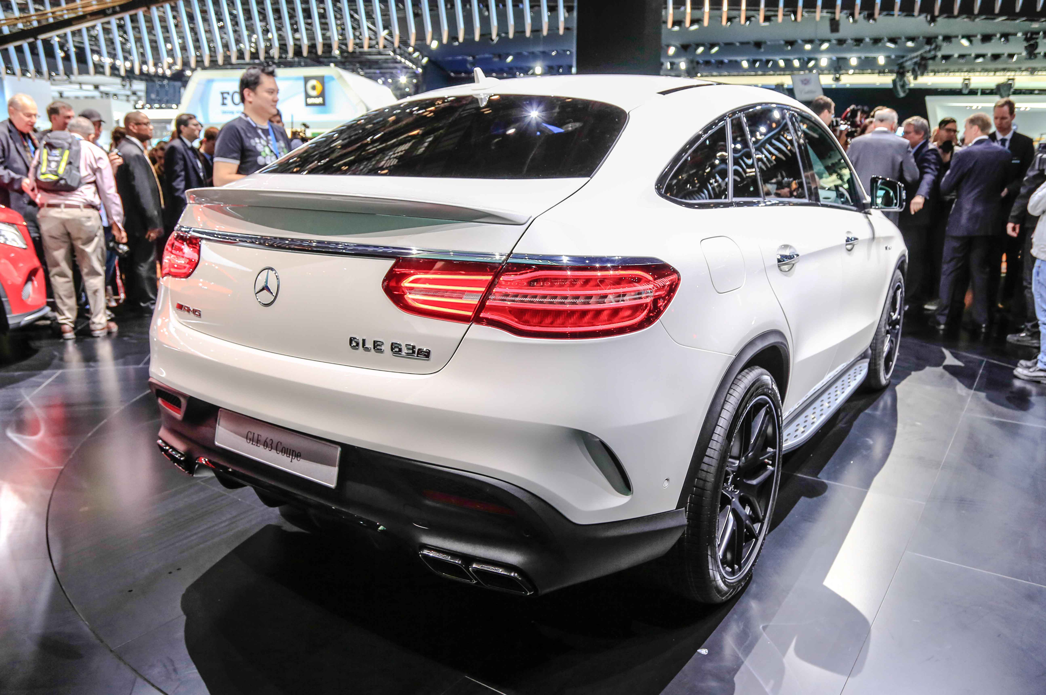 2016 Mercedes Benz Amg Gle63s Coupe Rear Side (Photo 6 of 8)