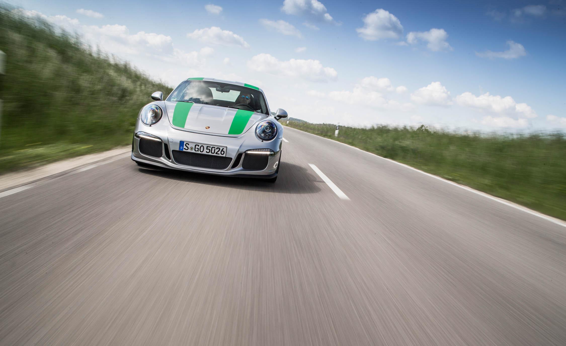 2017 Porsche 911 R (Photo 15 of 15)