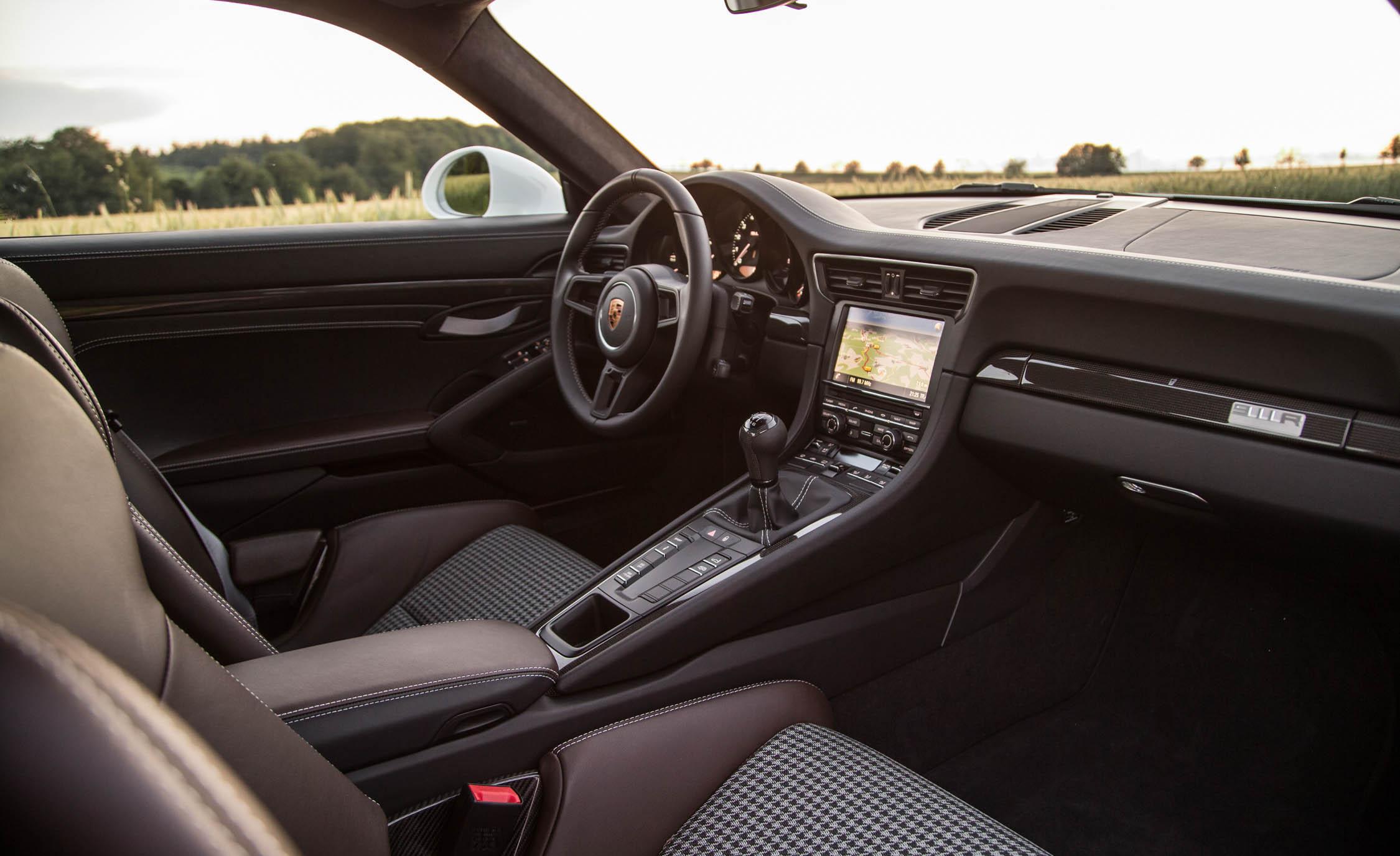 2017 Porsche 911 R (Photo 5 of 15)