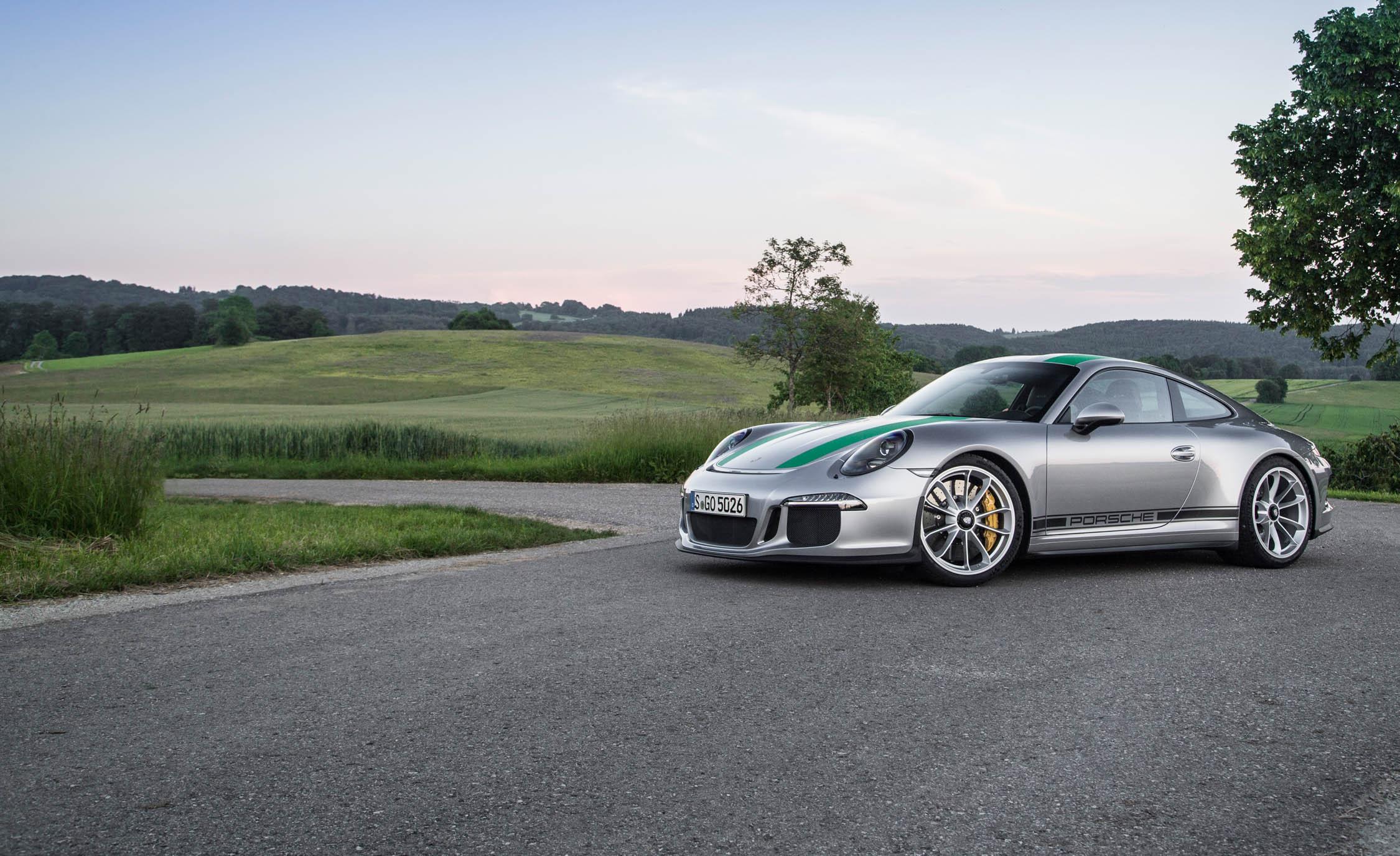 2017 Porsche 911 R (Photo 9 of 15)