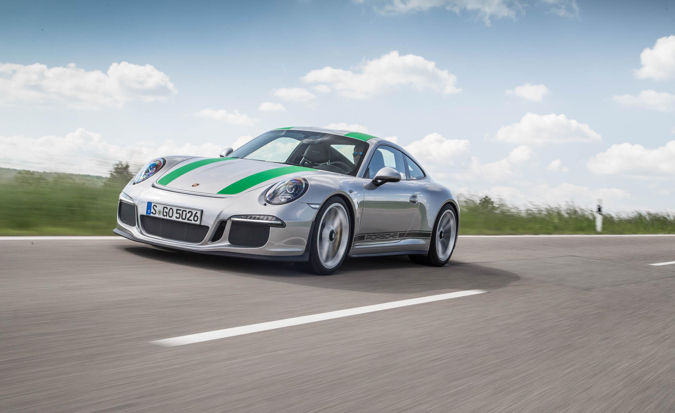 2017 Porsche 911 R (Photo 14 of 15)