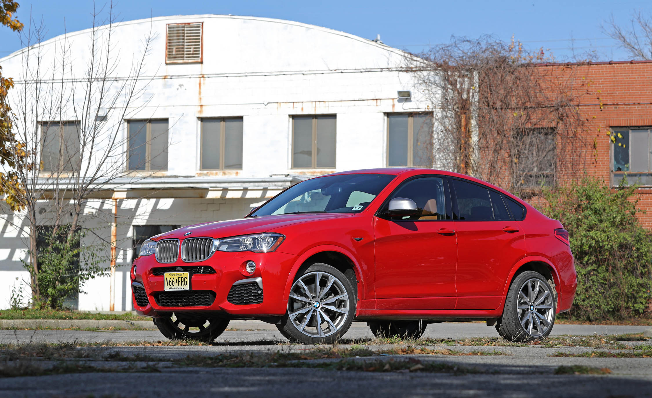 Featured Image of 2017 BMW X4 M40i