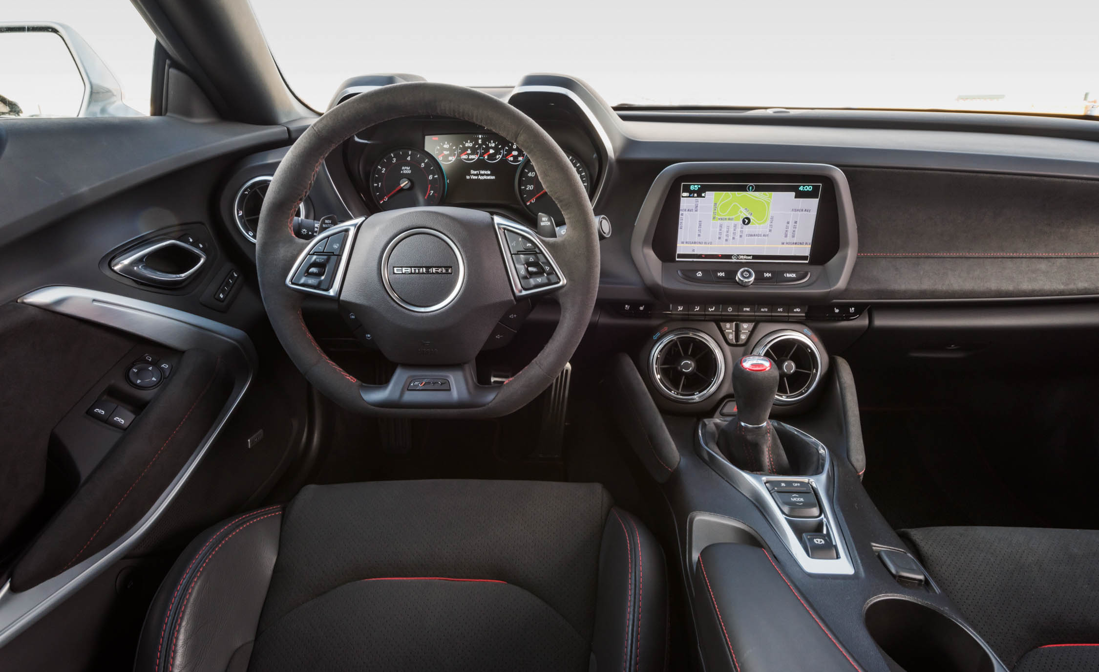 2017 Chevrolet Camaro ZL1 Interior Steering And Dashboard (Photo 25 of 62)