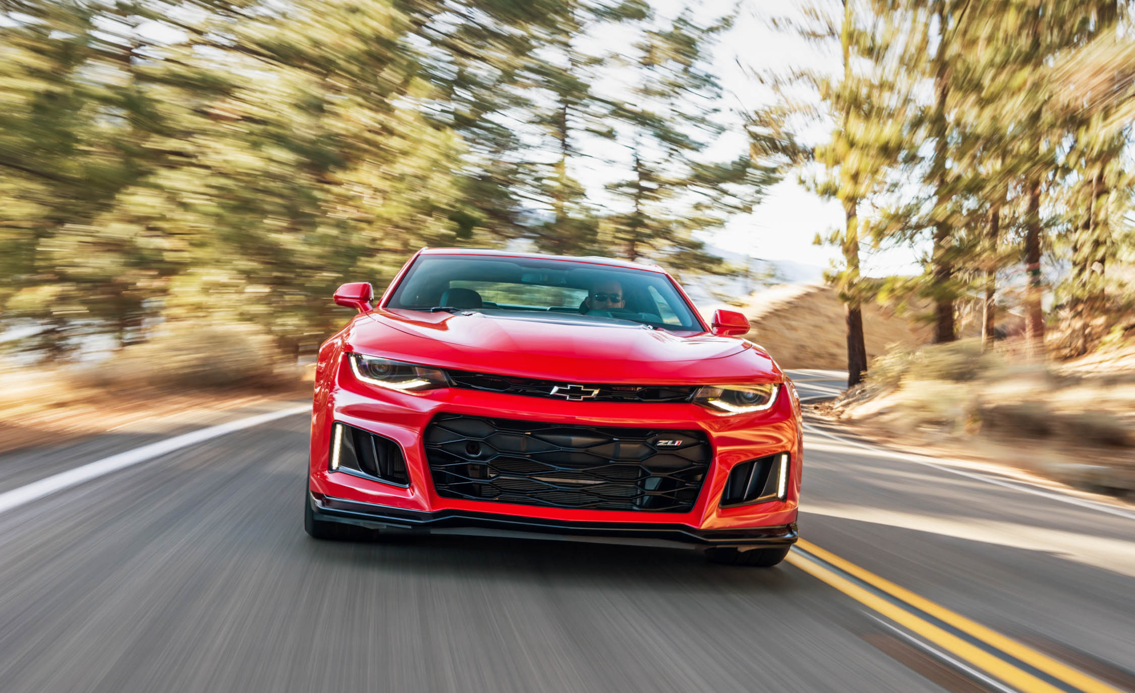 2017 Chevrolet Camaro ZL1 Red Test Drive Front End (Photo 37 of 62)