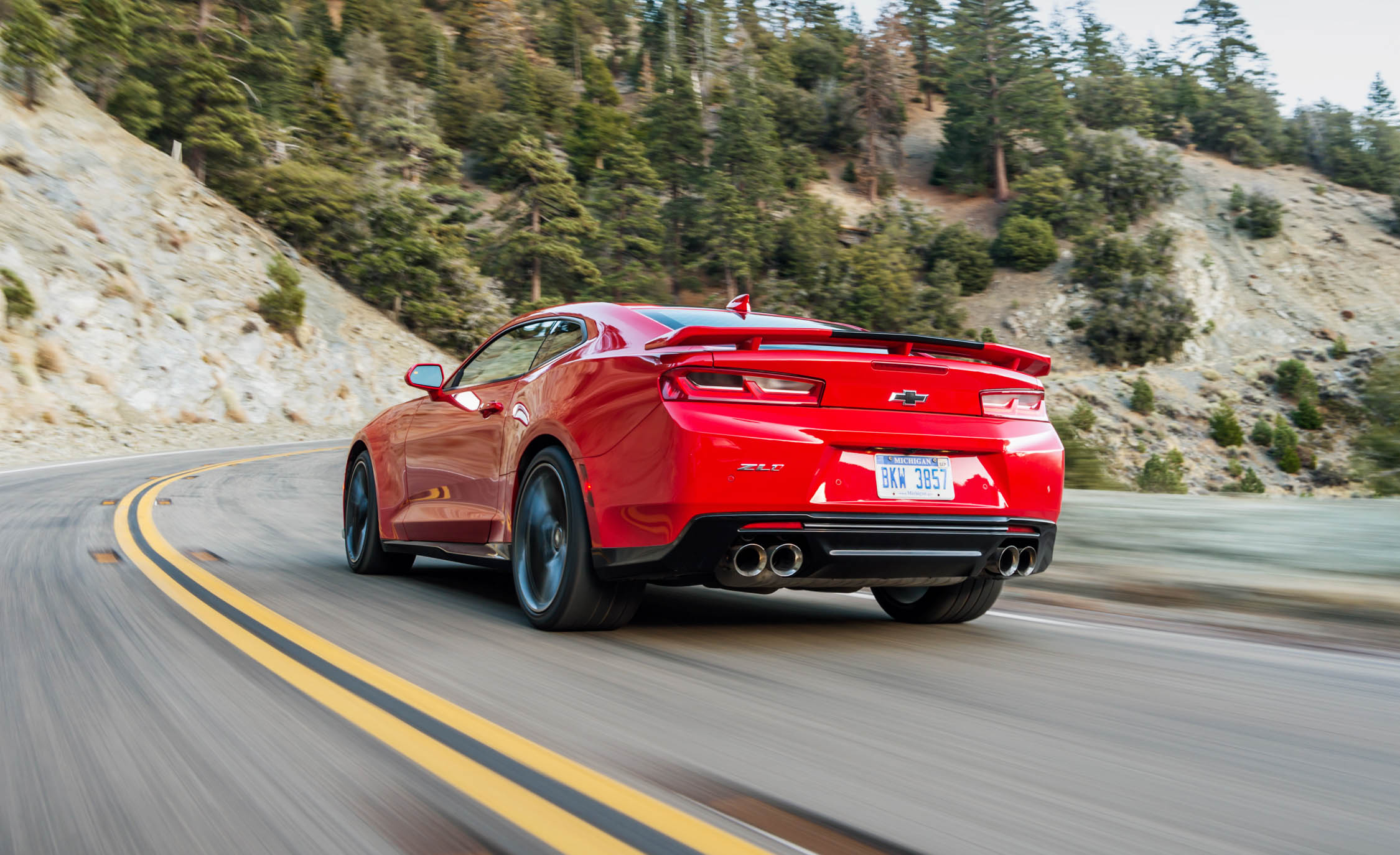 2017 Chevrolet Camaro ZL1 Red Test Drive Rear And Side (Photo 40 of 62)