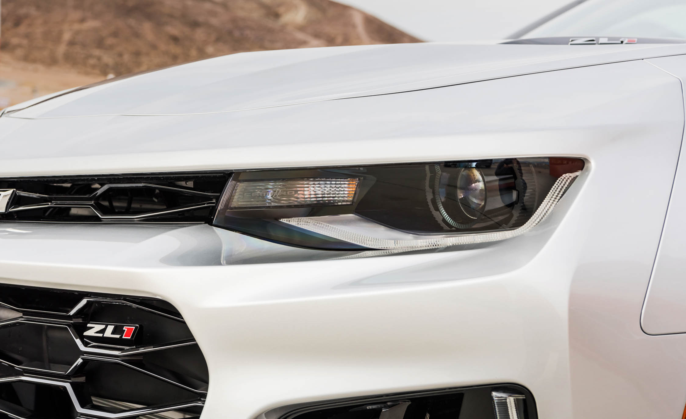 2017 Chevrolet Camaro ZL1 White Exterior View Headlight (Photo 50 of 62)