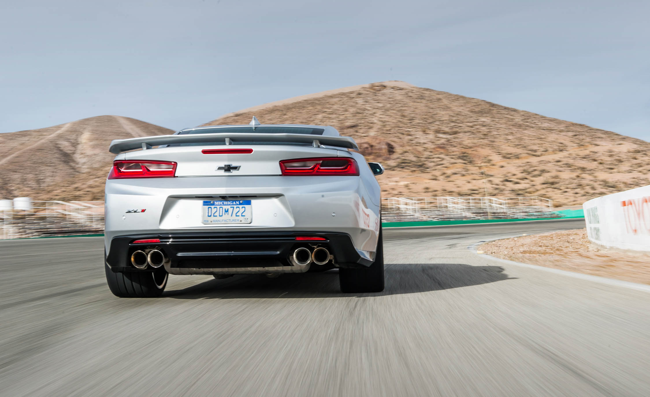 2017 Chevrolet Camaro ZL1 White Test Drive Rear (Photo 62 of 62)
