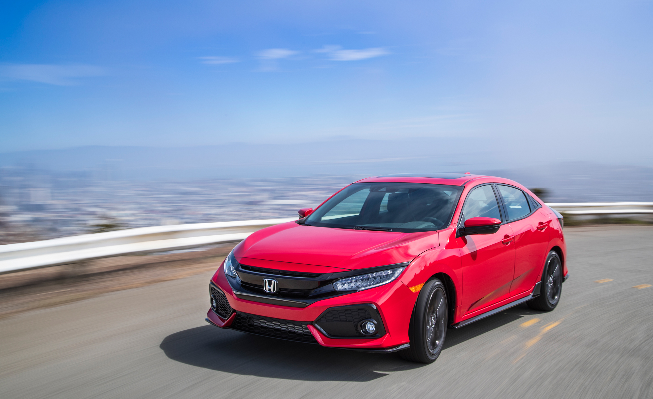 2017 Honda Civic Hatchback (Photo 13 of 34)