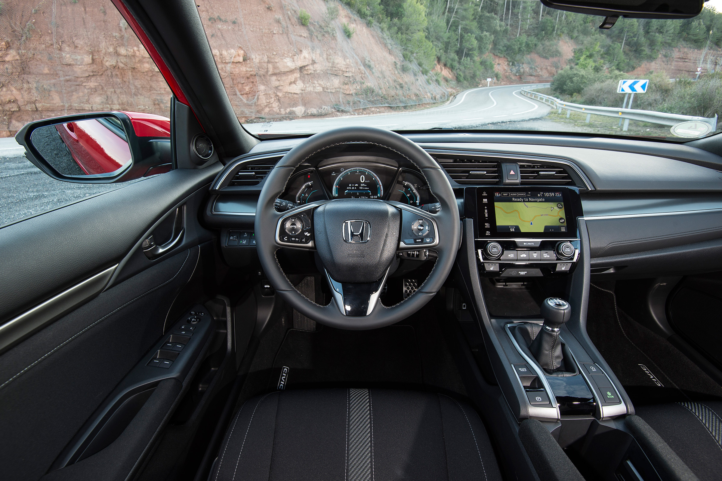2017 Honda Civic Hatchback Interior Driver Cockpit And Dash (View 31 of 34)