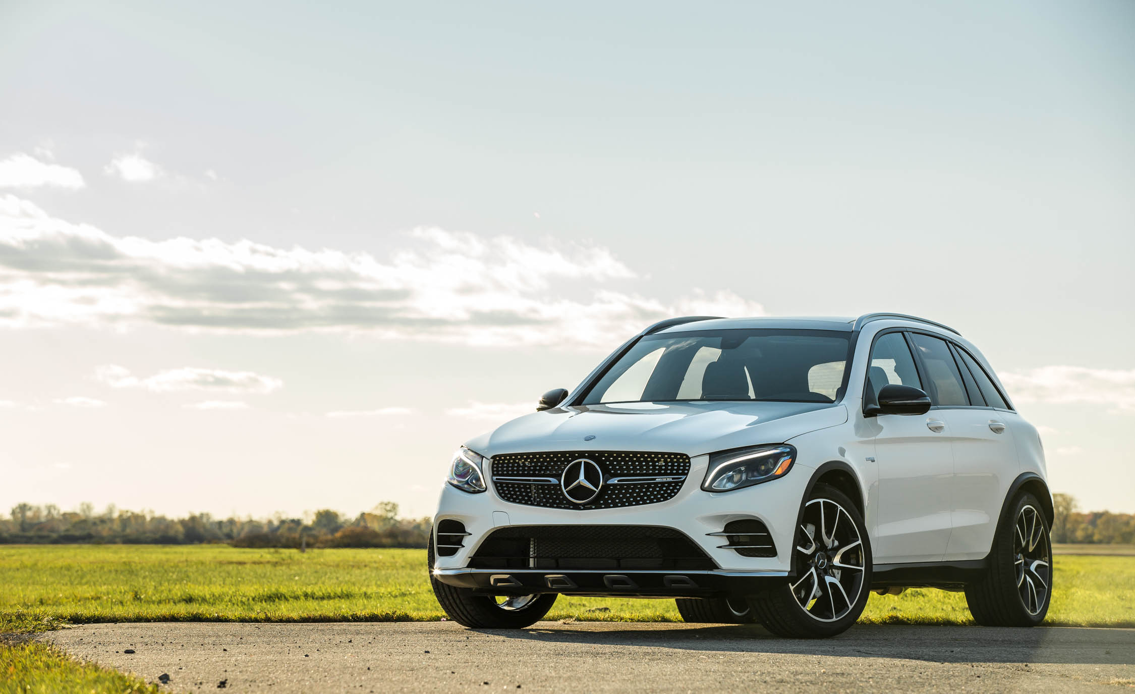 Featured Image of 2017 Mercedes AMG GLC43 SUV 4MATIC
