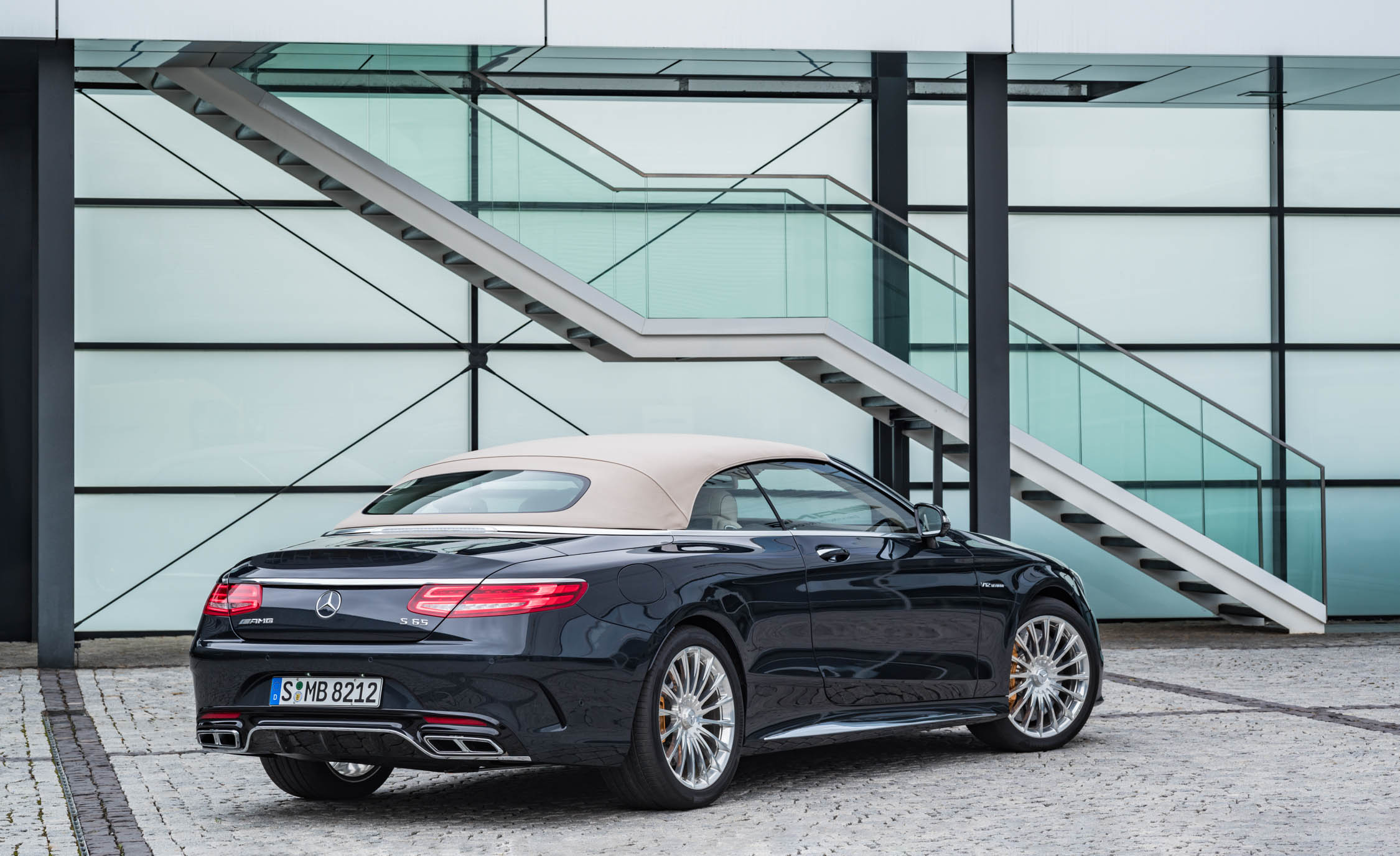 2017 Mercedes Amg S65 Cabriolet Exterior Rear And Side View Roof Close (Photo 5 of 15)