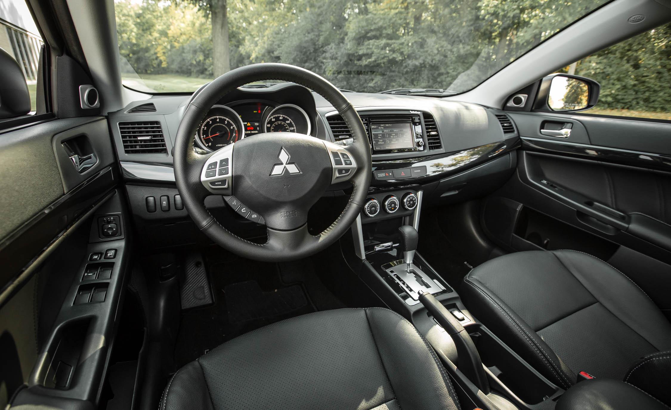 2017 Mitsubishi Lancer AWD (View 2 of 8)