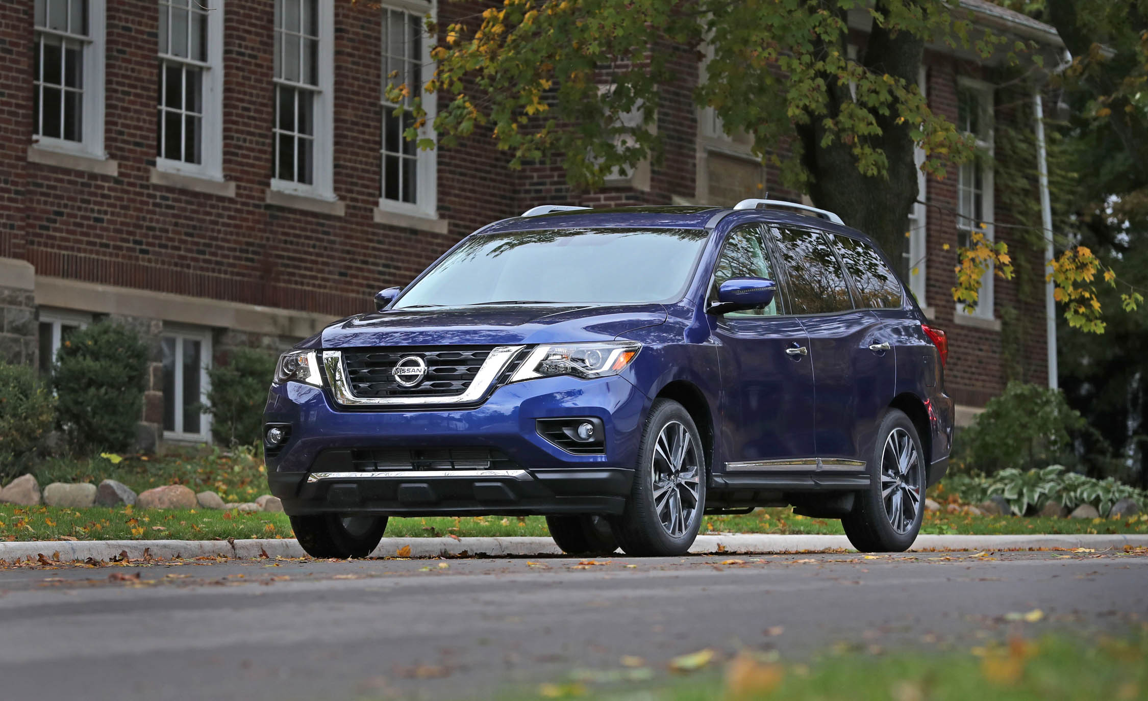 Featured Image of 2017 Nissan Pathfinder