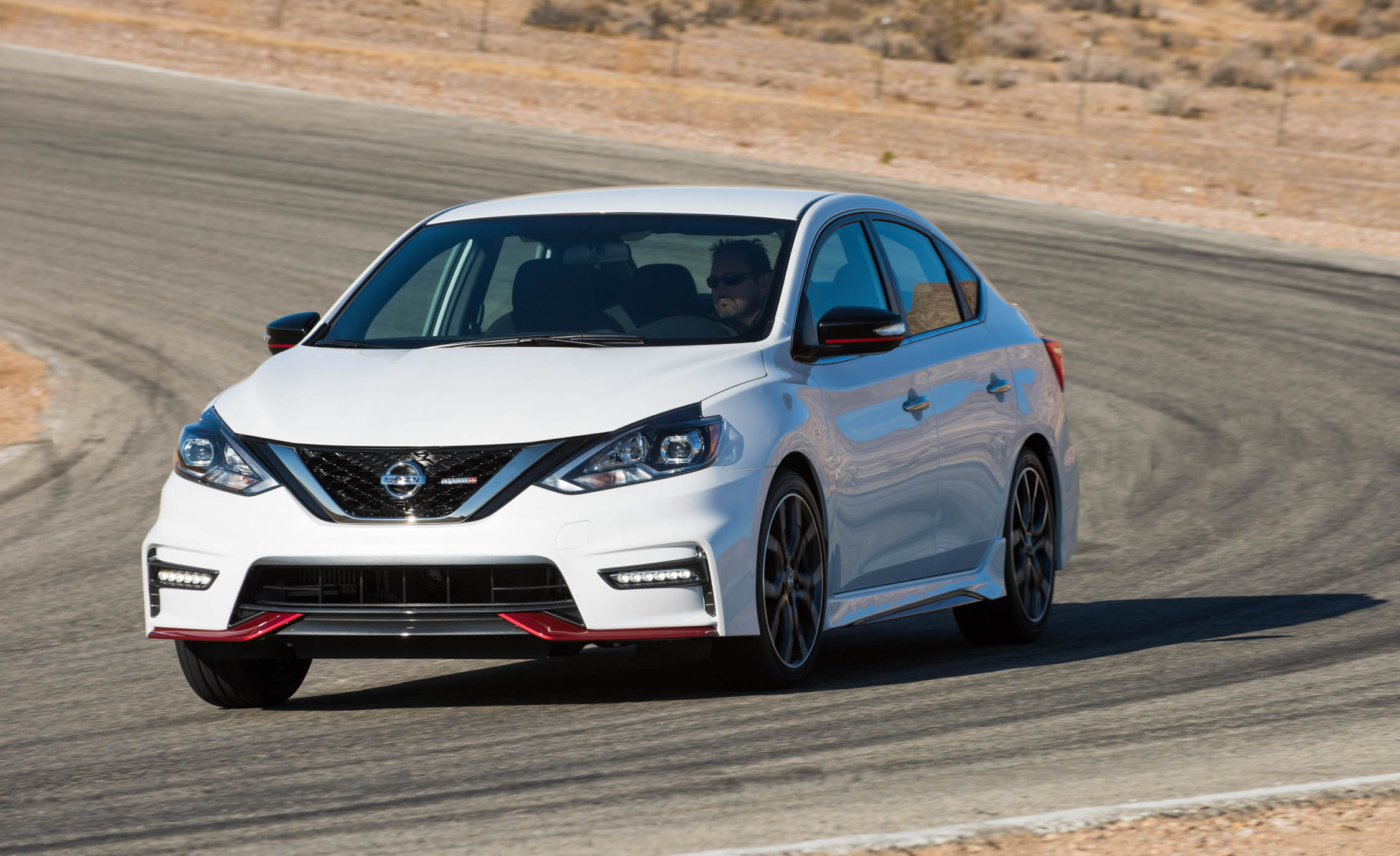 2017 Nissan Sentra NISMO (Photo 6 of 22)