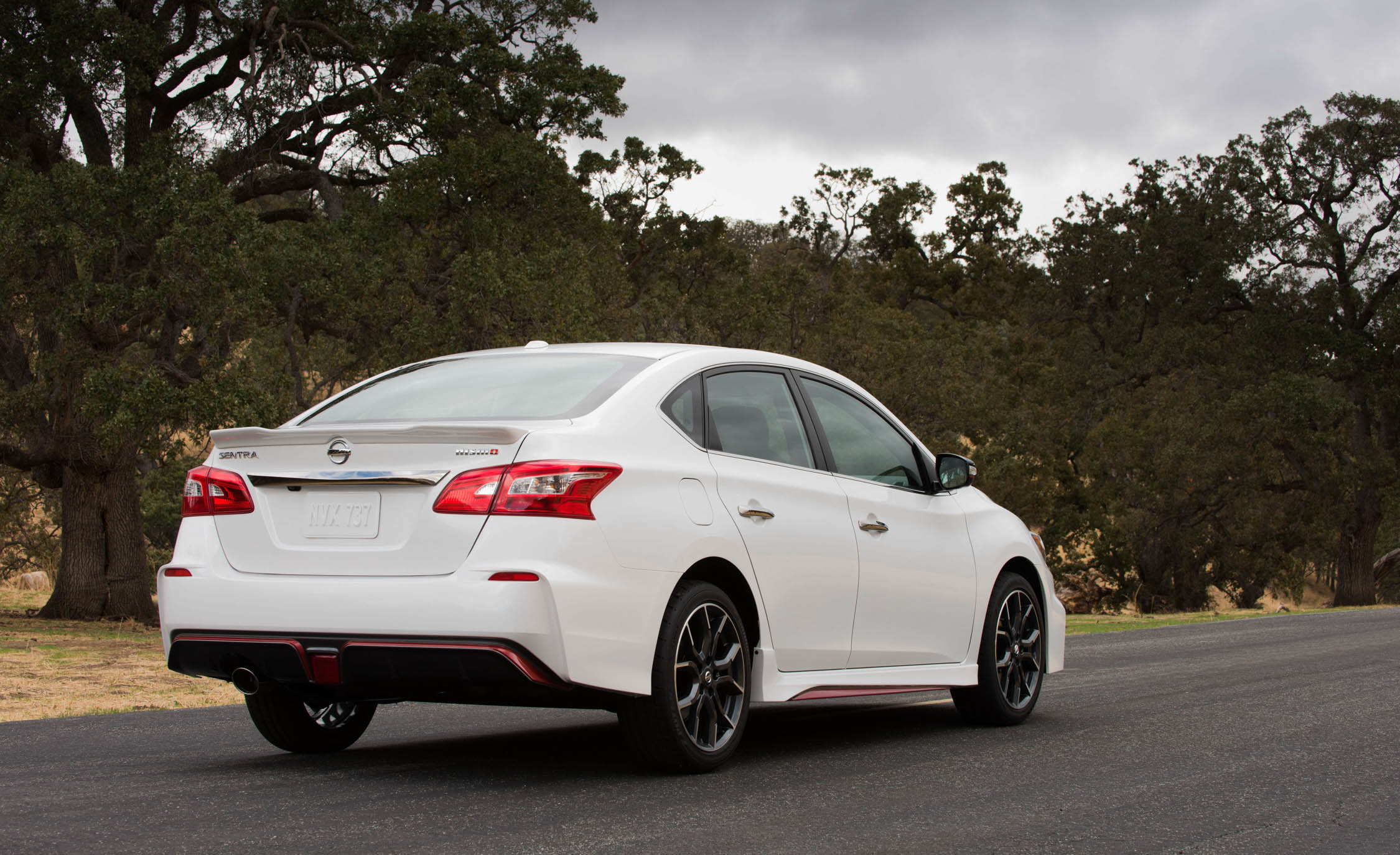2017 Nissan Sentra NISMO (Photo 1 of 22)