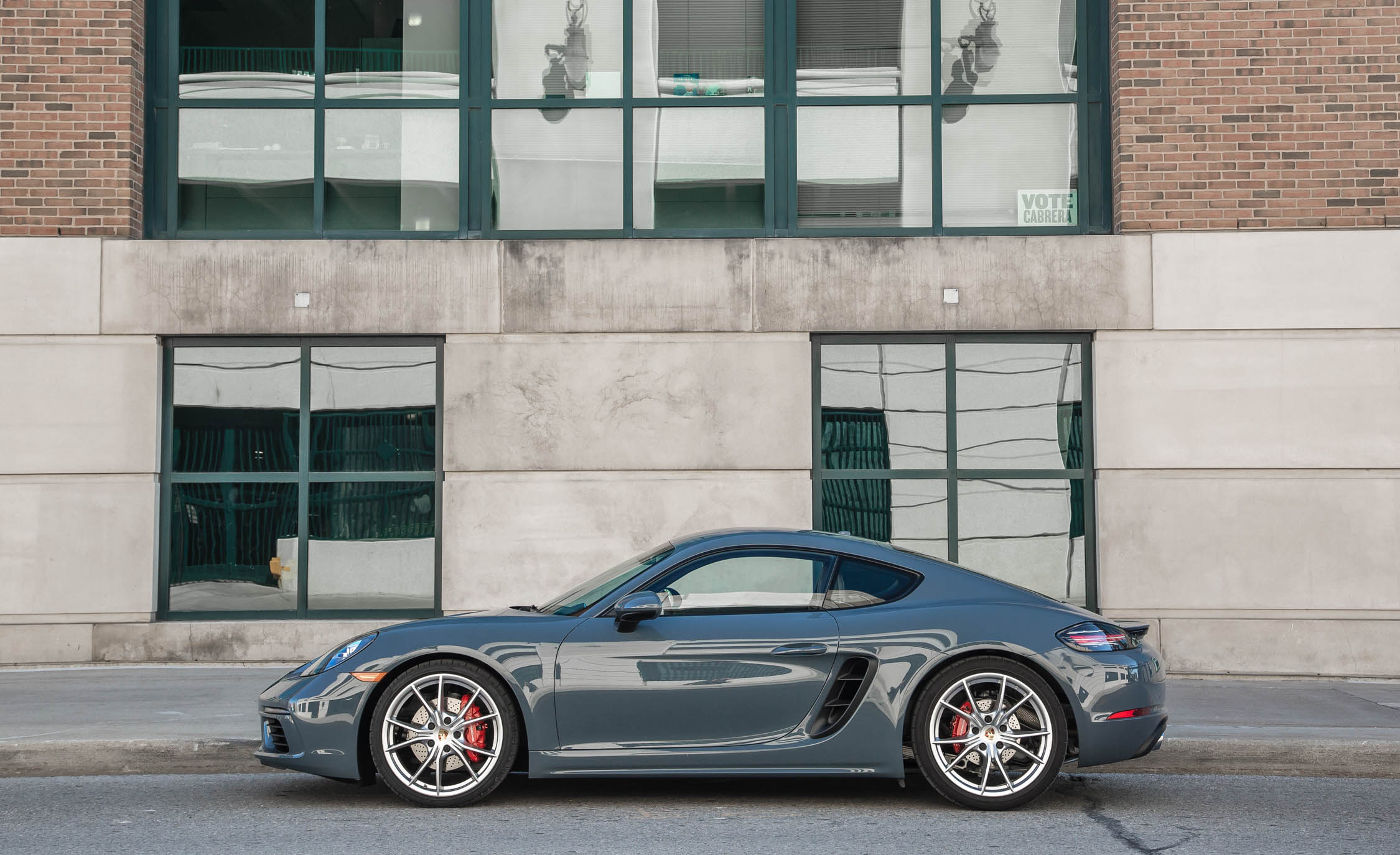 2017 Porsche 718 Cayman S (View 4 of 9)