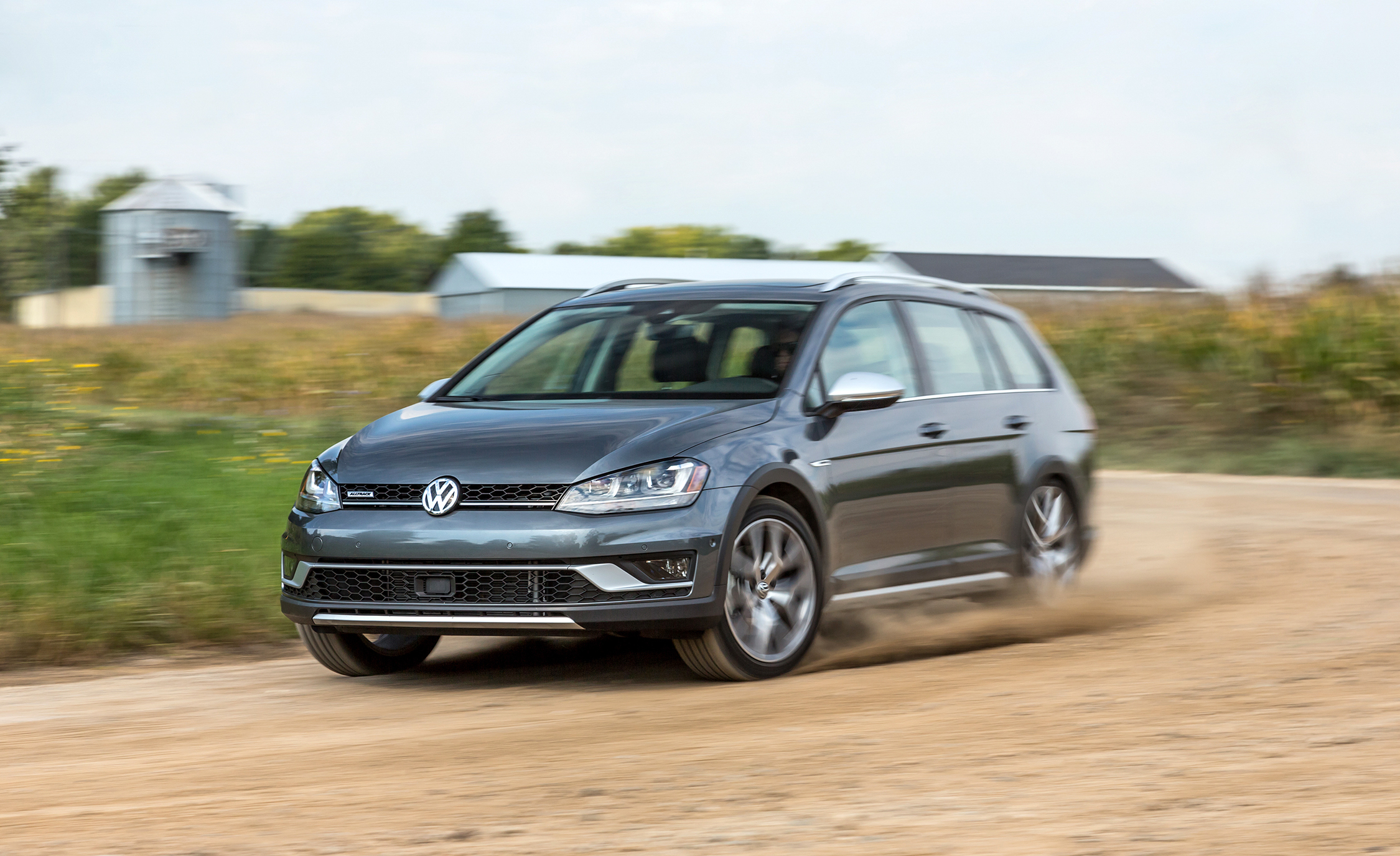 2017 Volkswagen Golf Alltrack (View 5 of 5)