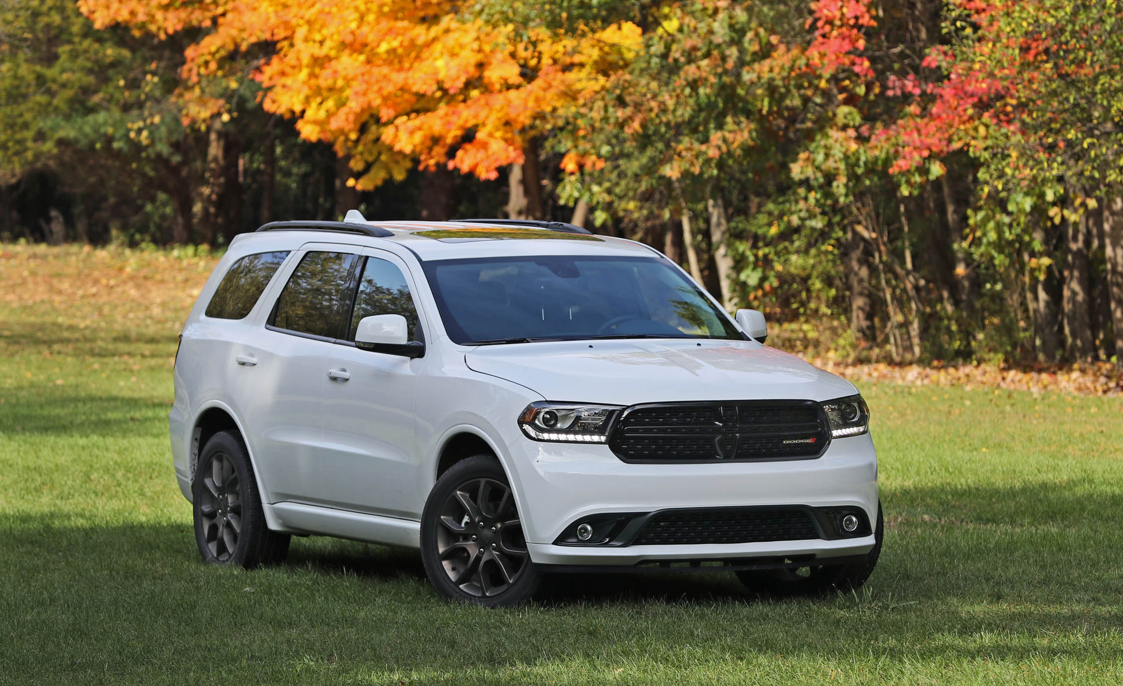 2017 Dodge Durango GT AWD (Photo 8 of 12)