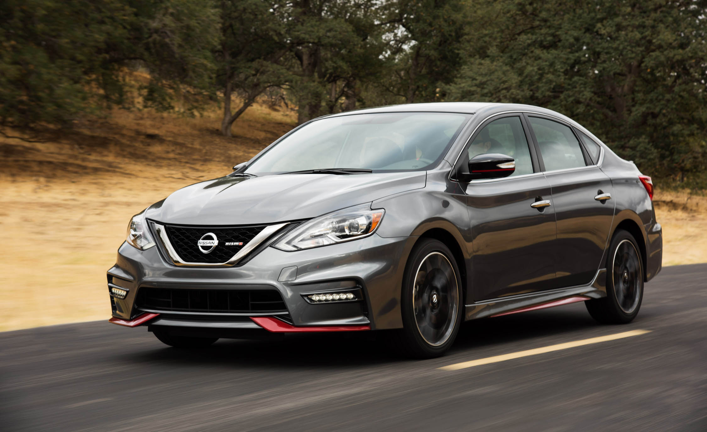 2017 Nissan Sentra NISMO (Photo 20 of 22)