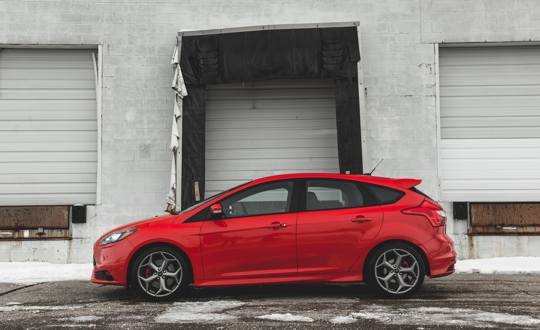 2014 Ford Focus ST (Photo 2 of 25)