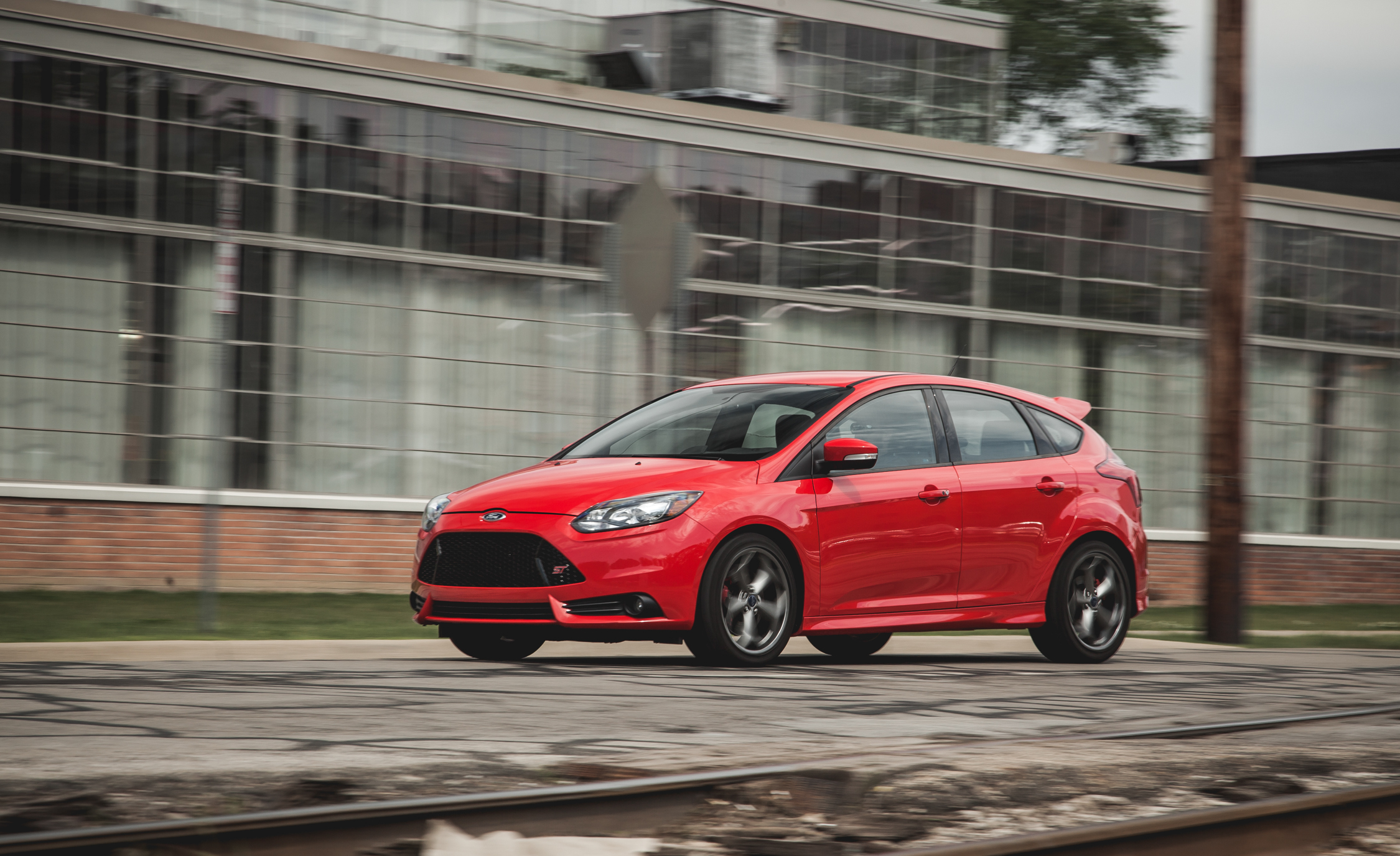 2014 Ford Focus ST (Photo 15 of 25)