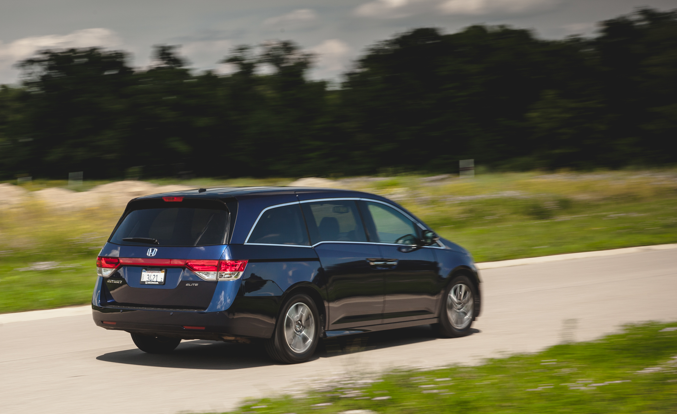 2014 Honda Odyssey Touring Elite (View 13 of 19)