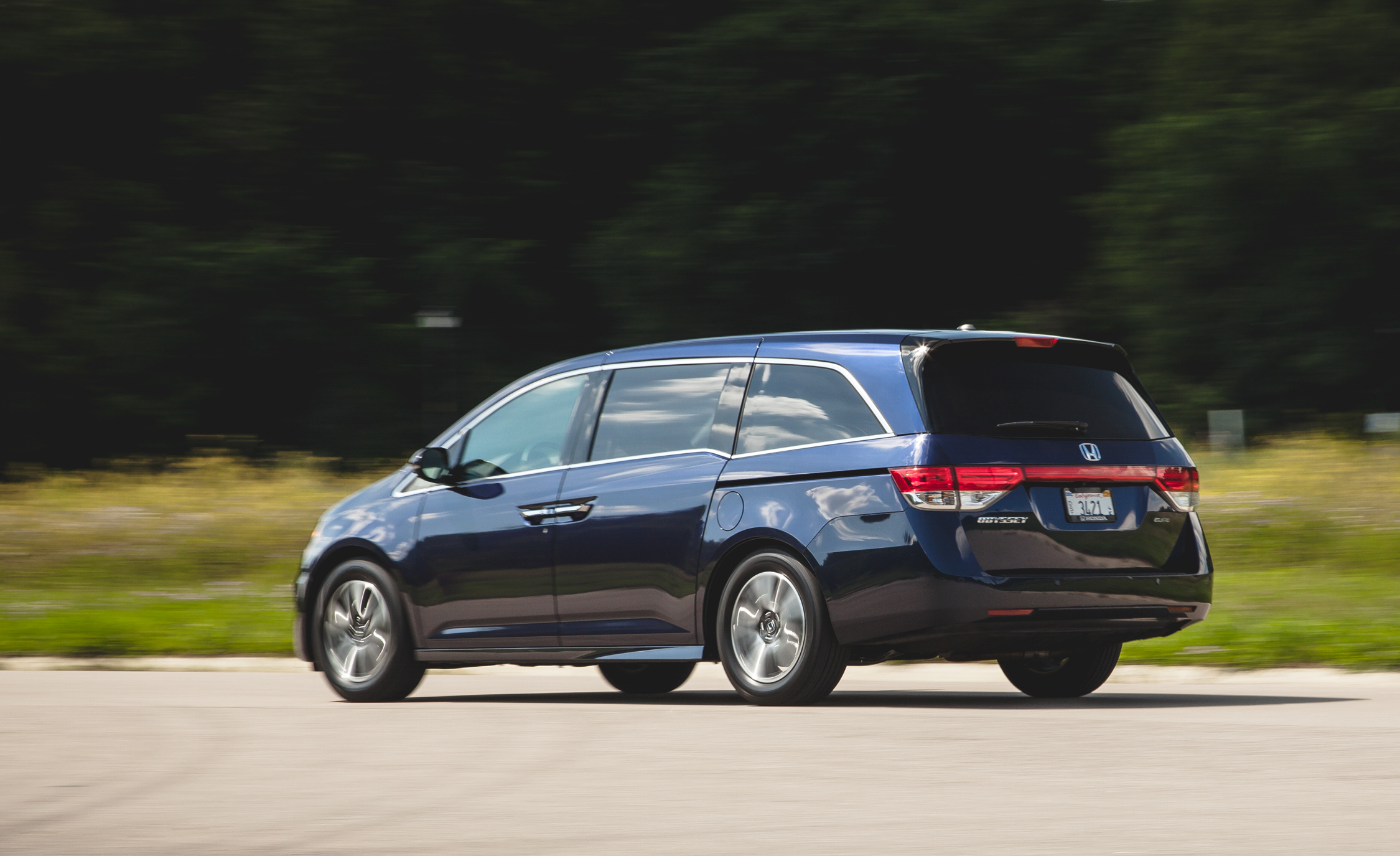 2014 Honda Odyssey Touring Elite (View 14 of 19)