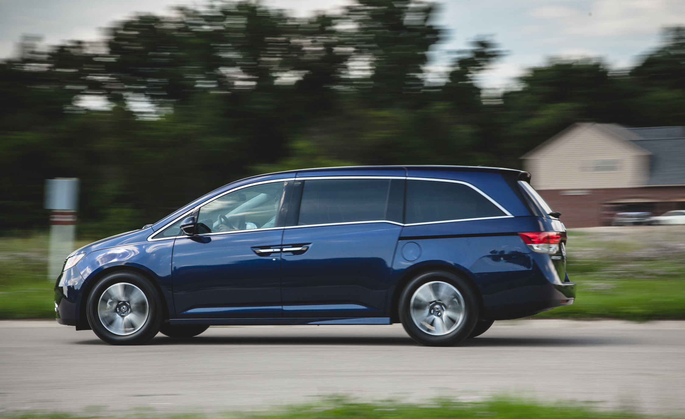 2014 Honda Odyssey Touring Elite (View 15 of 19)