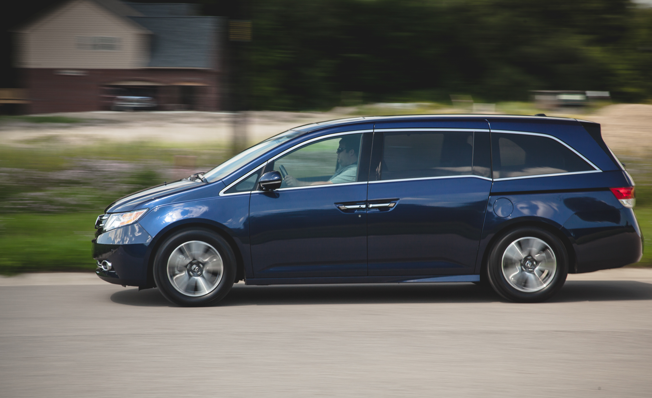 2014 Honda Odyssey Touring Elite (View 16 of 19)