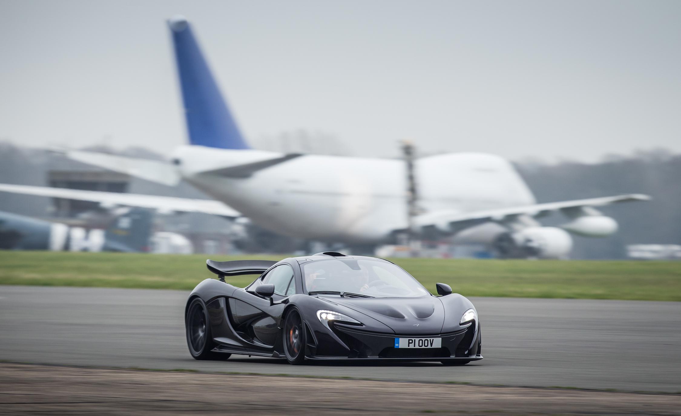 2014 McLaren P (View 11 of 53)