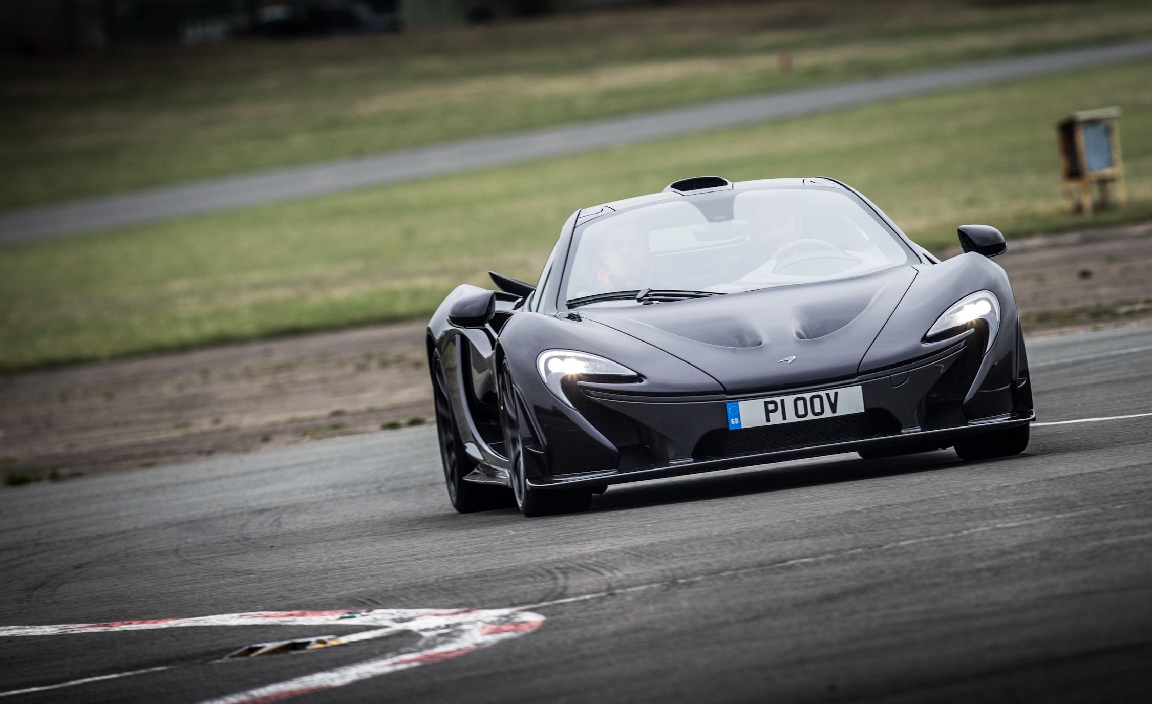 2014 McLaren P (View 18 of 53)