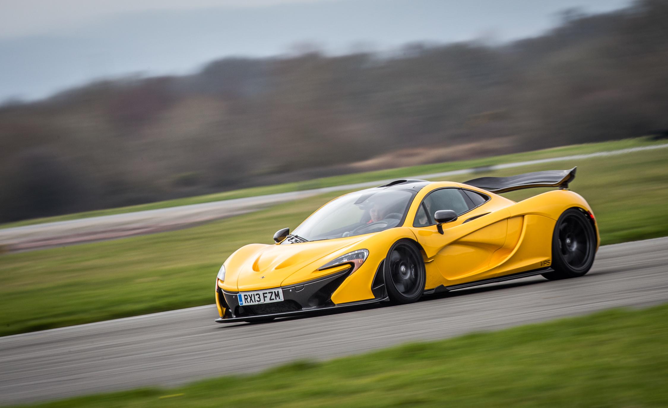 2014 McLaren P (View 4 of 53)