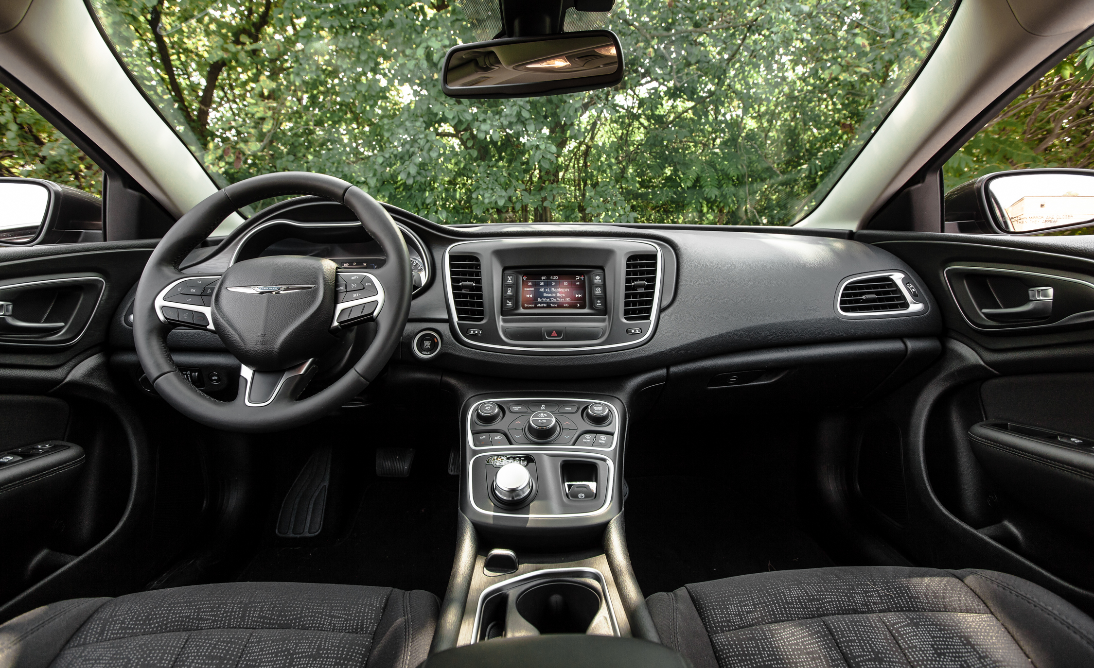 Captivating 2015 Chrysler 200 Limited Interior (Photo 11 Of 19)