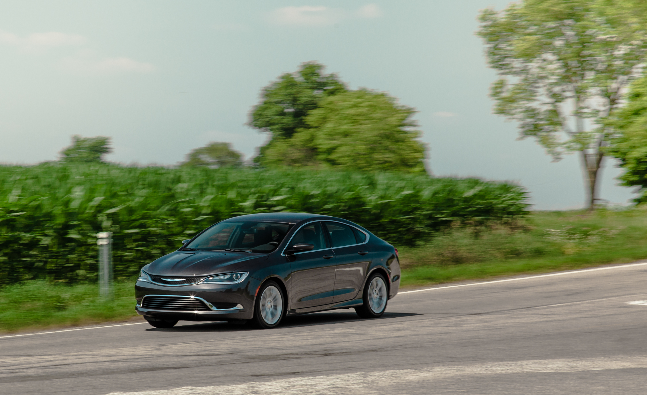 2015 Chrysler 200 Limited (View 17 of 19)