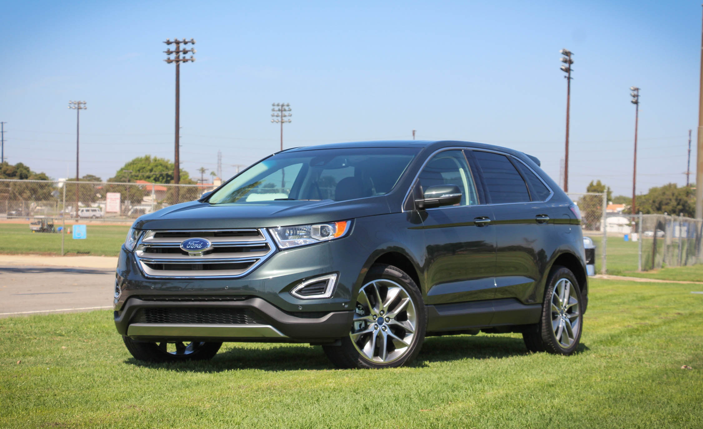 2015 Ford Edge  (Photo 10 of 19)