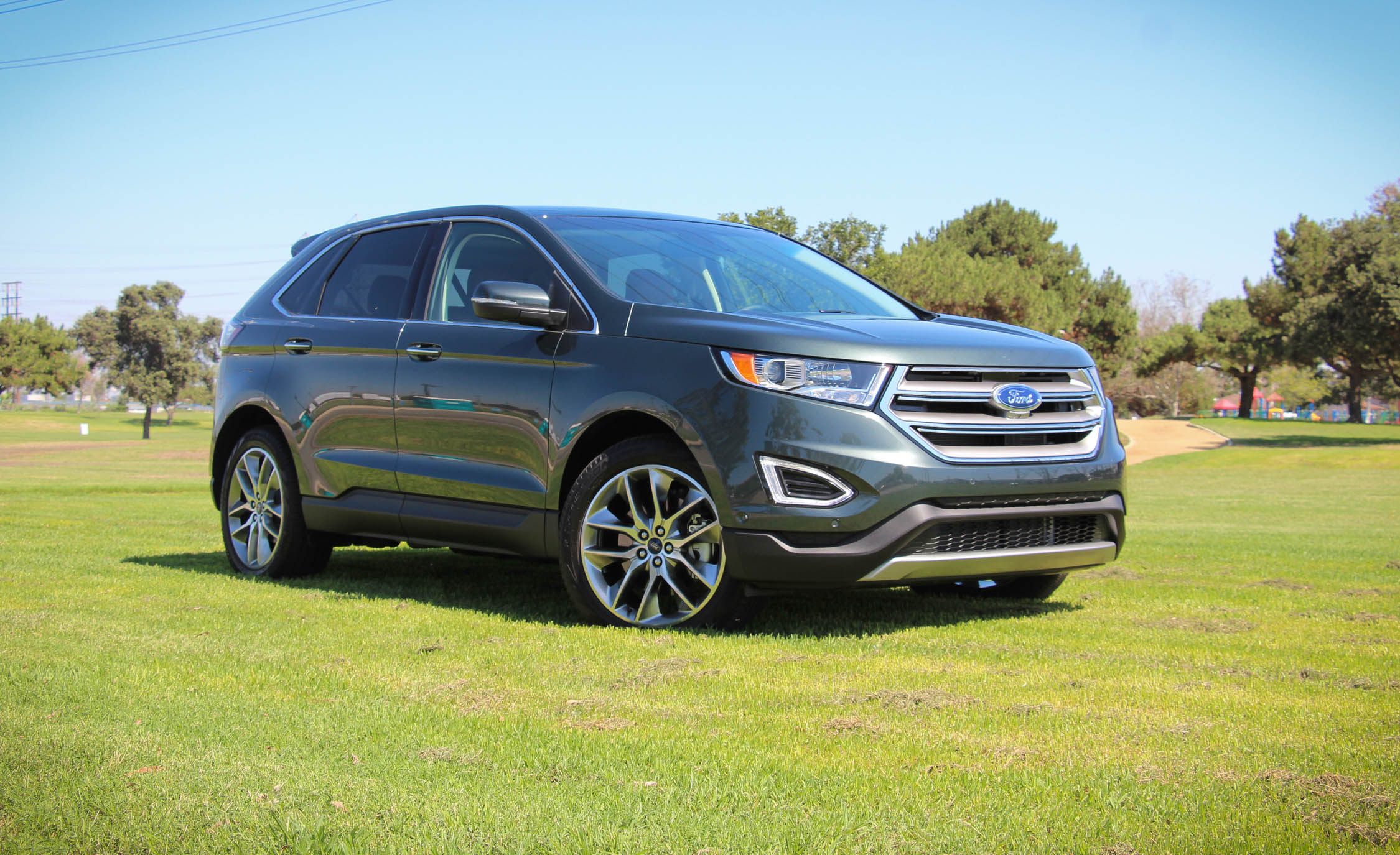 2015 Ford Edge  (Photo 7 of 19)